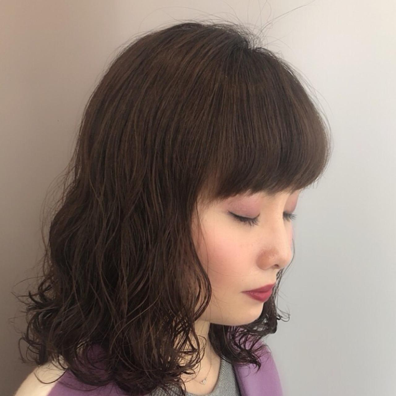 大人女子 フェミニン かわいい ナチュラルヘアスタイルや髪型の写真・画像