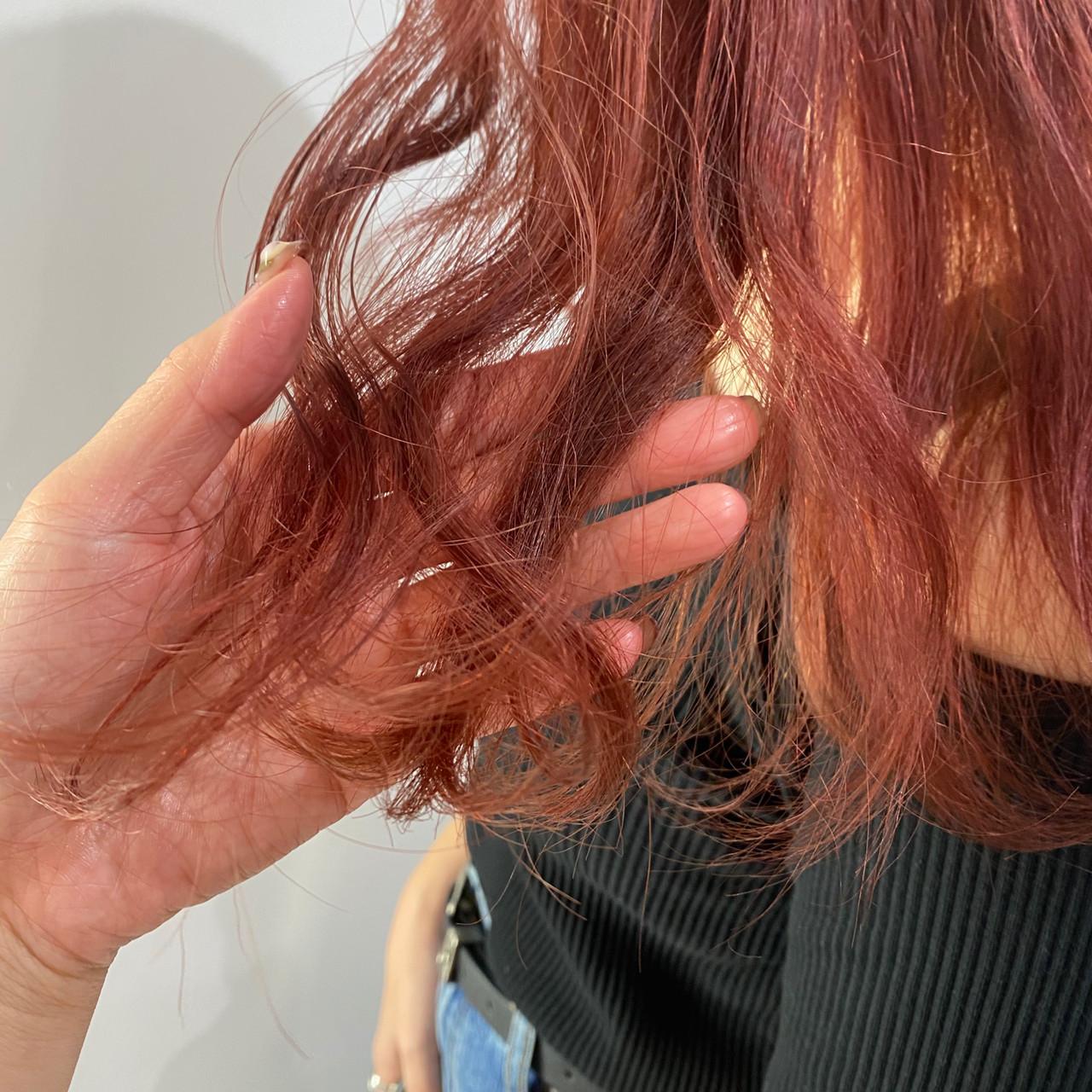 ピンク ガーリー ベリーピンク ミディアムヘアスタイルや髪型の写真・画像
