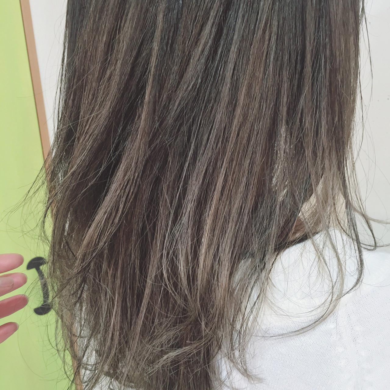 夏 アッシュ セミロング ヘアアレンジヘアスタイルや髪型の写真・画像