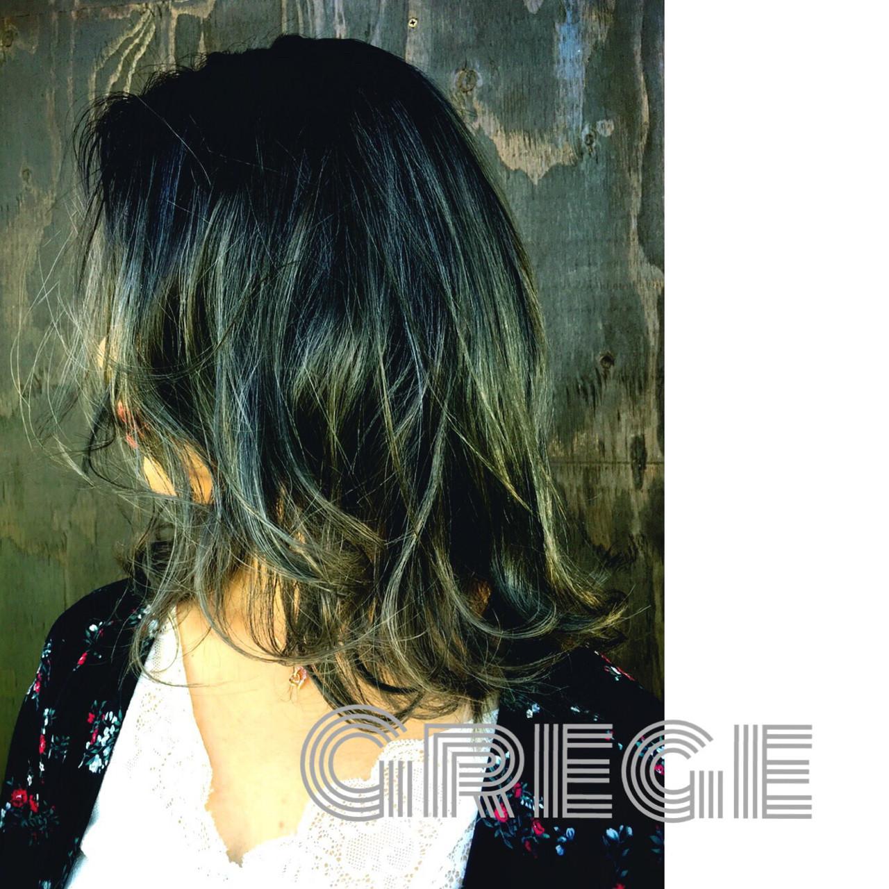 セミロング ストレート 透明感 秋 ヘアスタイルや髪型の写真・画像 | KIMINORI SATO / NAGON STYLE