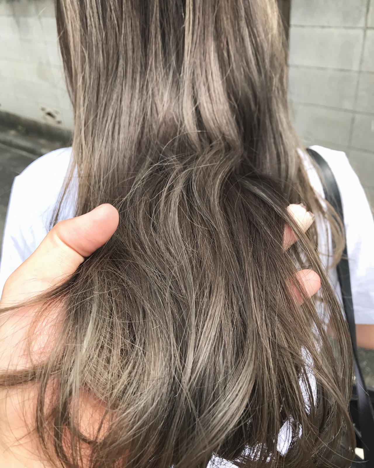 ナチュラル ロング アウトドア アンニュイほつれヘア ヘアスタイルや髪型の写真・画像   槙山ユースケ/トップスタイリスト / chobii