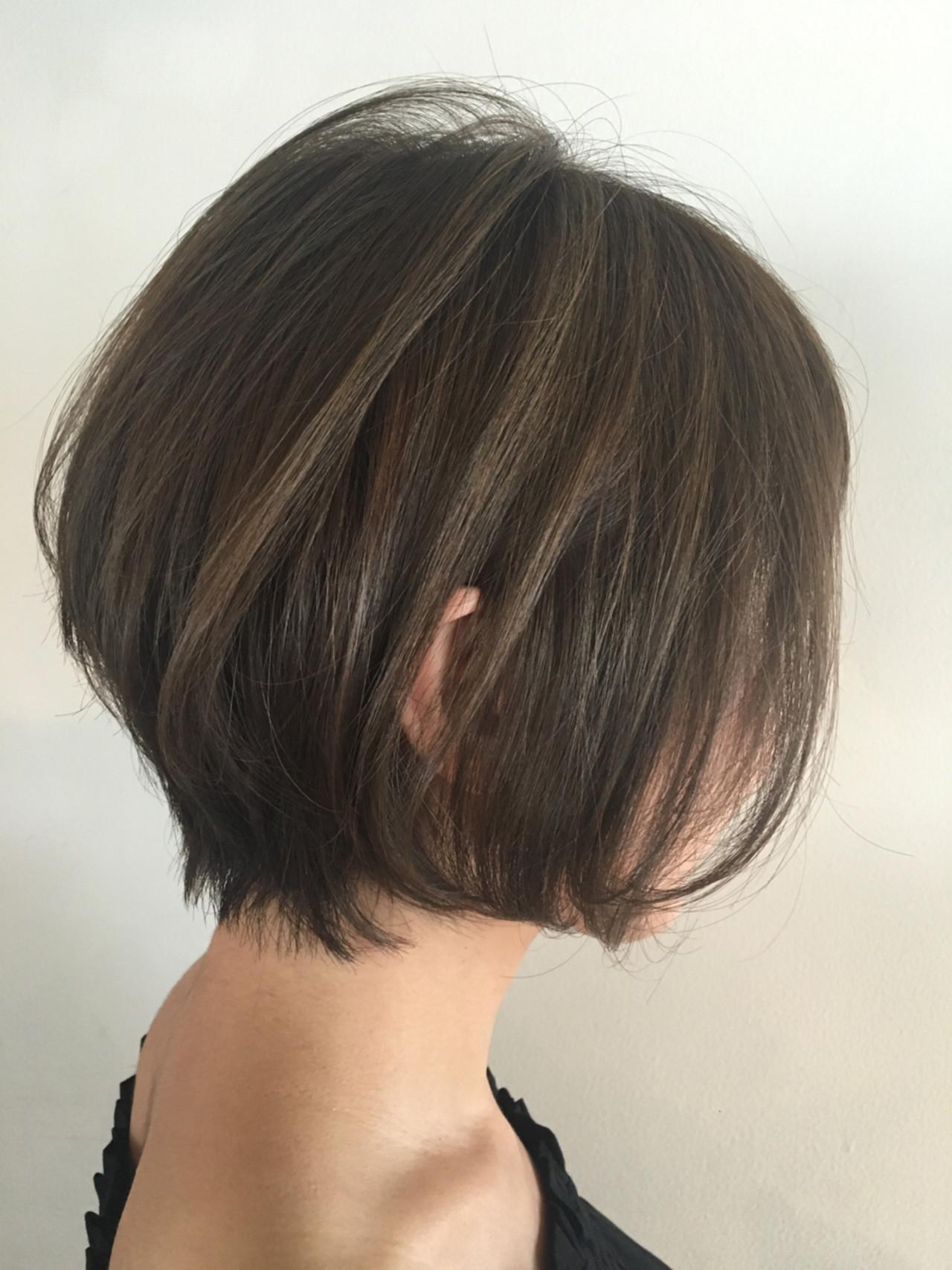 アッシュ ショート 色気 ボブヘアスタイルや髪型の写真・画像