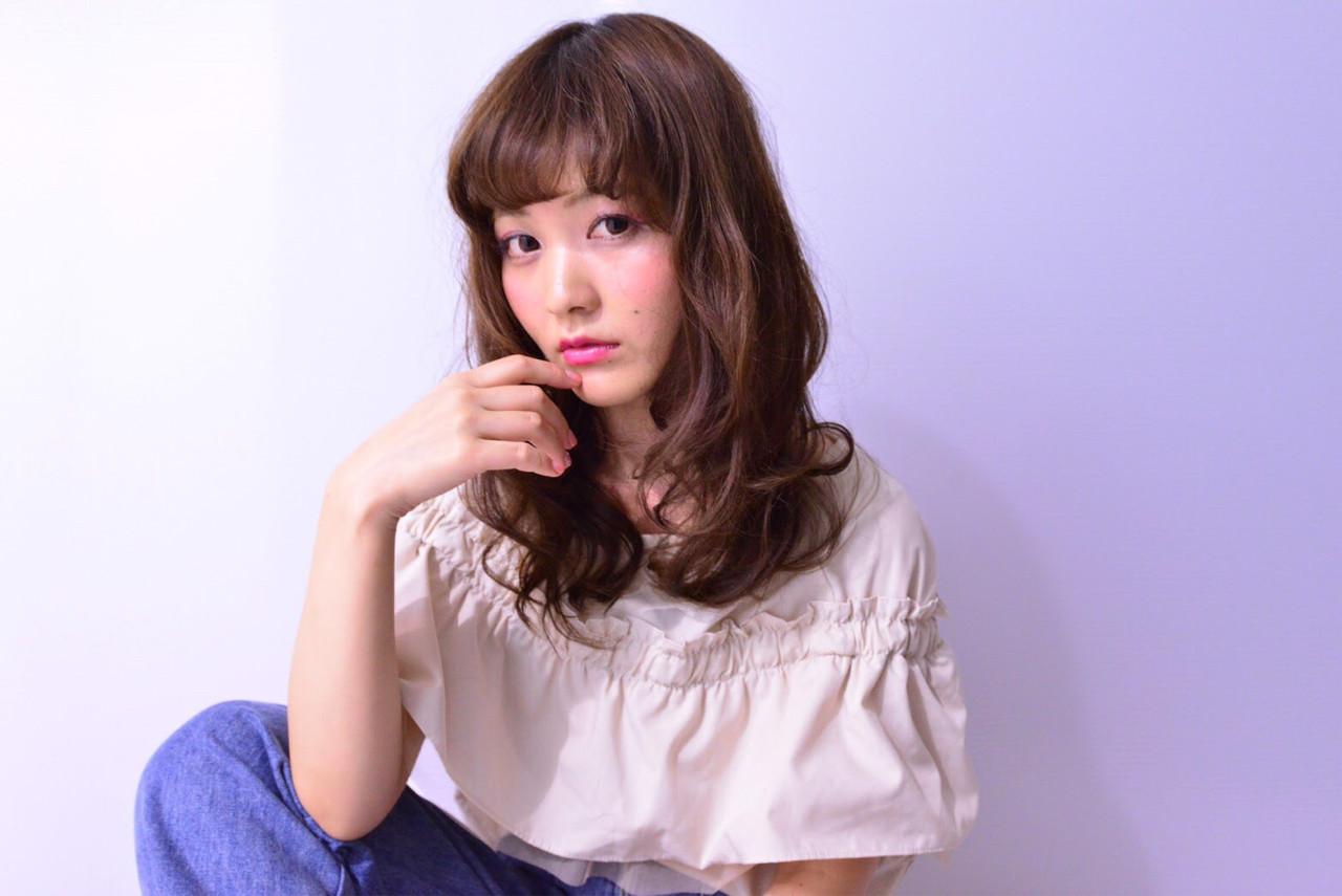 大人かわいい セミロング フェミニン モテ髪 ヘアスタイルや髪型の写真・画像 | 宮崎 沙織 /