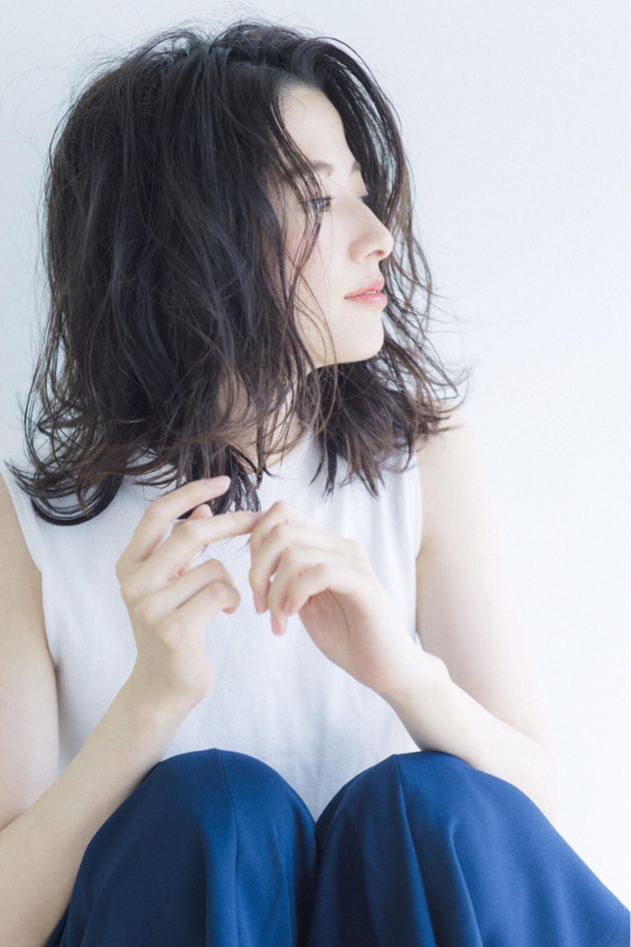 色気 ナチュラル フェミニン 暗髪 ヘアスタイルや髪型の写真・画像 | 立澤香奈 /