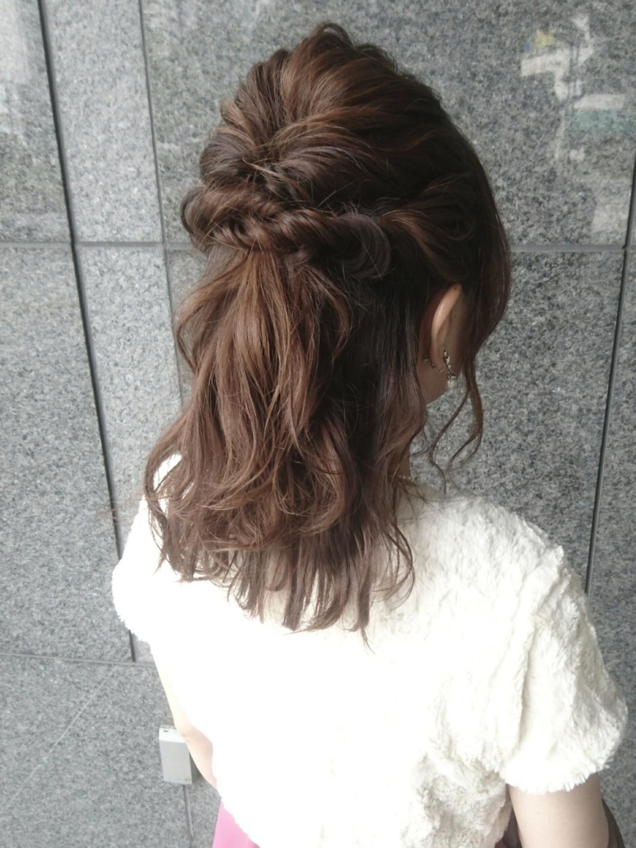 フェミニン ヘアアレンジ 簡単ヘアアレンジ セミロング ヘアスタイルや髪型の写真・画像 | 島田 和也 / total beauty house flap MICHI
