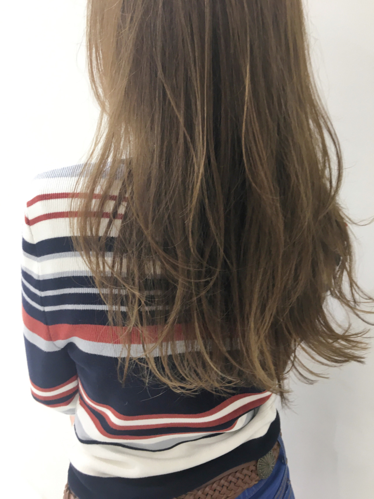 セミロング ハイライト 外国人風 ガーリー ヘアスタイルや髪型の写真・画像 | 中島 潮里 / whyte / whyte
