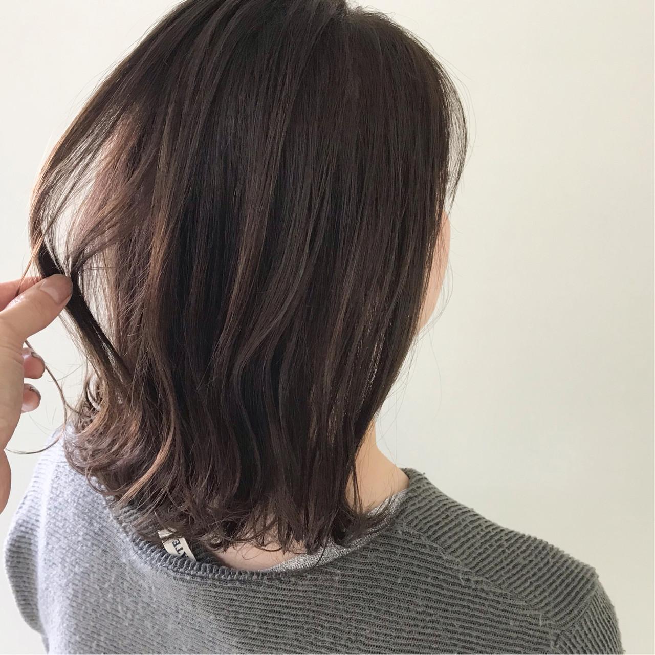 アンニュイほつれヘア オフィス 外ハネボブ デートヘアスタイルや髪型の写真・画像