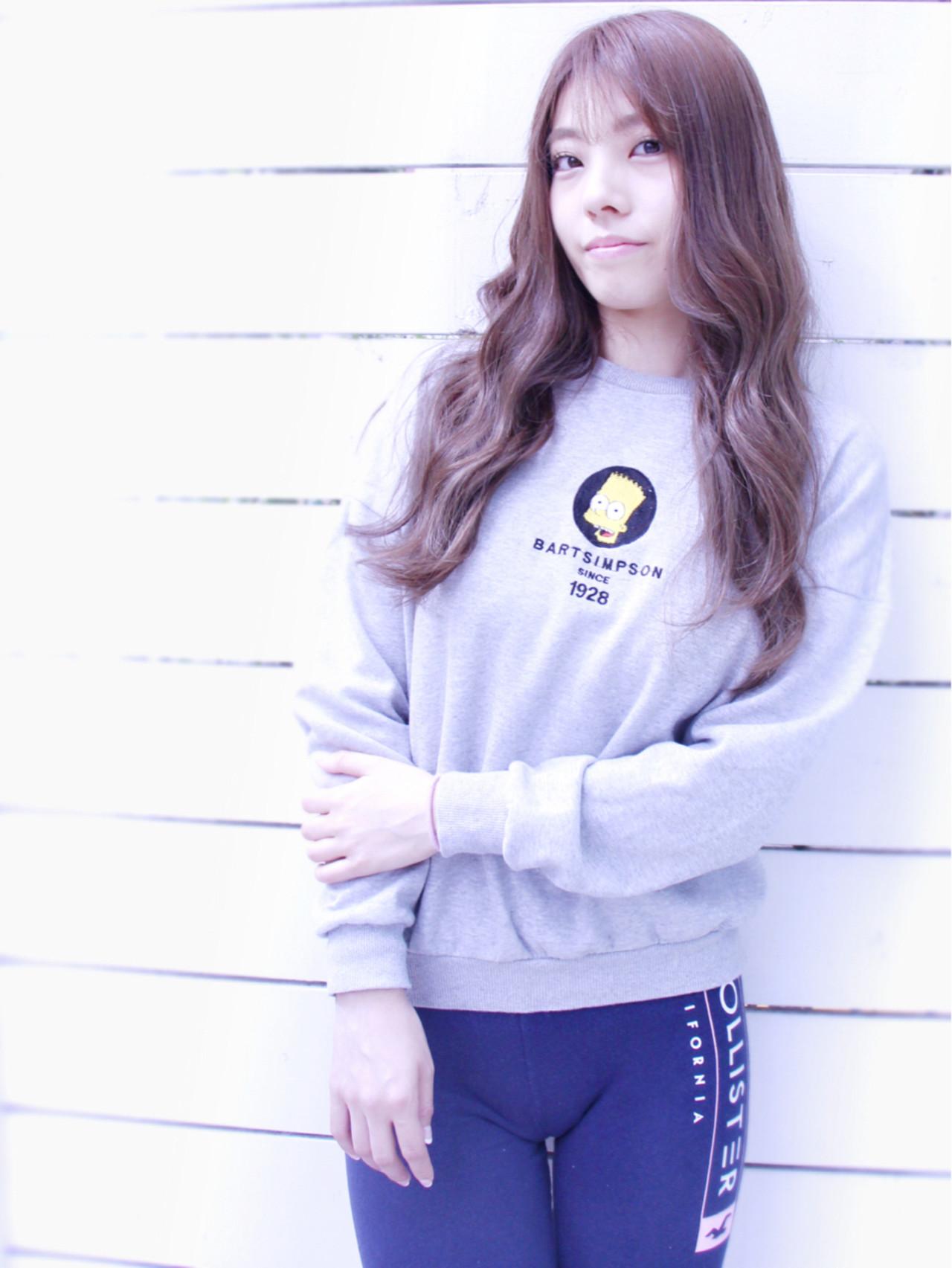 抜け感 グラデーションカラー ゆるふわ 大人女子 ヘアスタイルや髪型の写真・画像 | カラーリスト・YuuKi Sekimoto / wherever