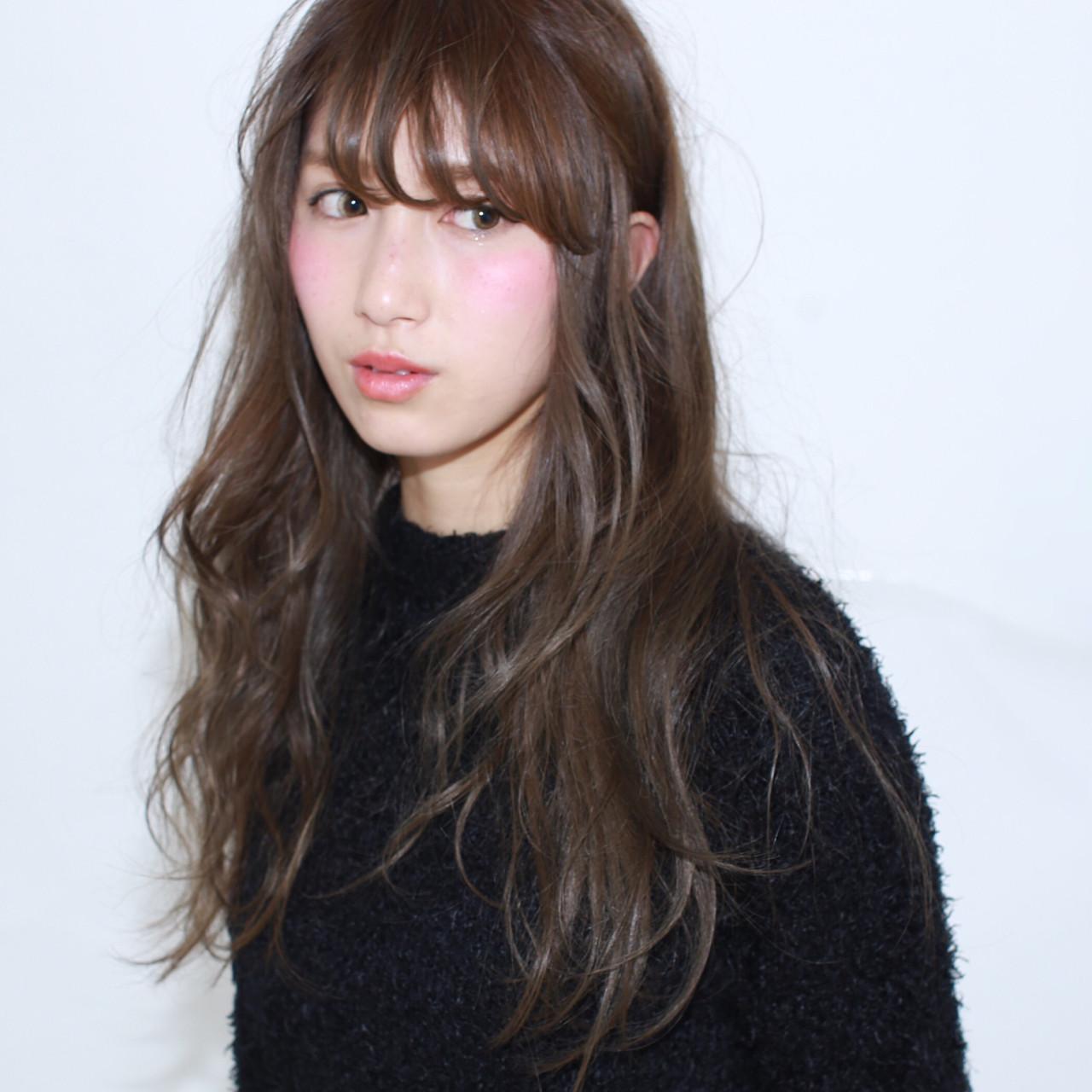 ゆるふわ アッシュ ロング 暗髪 ヘアスタイルや髪型の写真・画像   イマムラ スナオ / LUKE