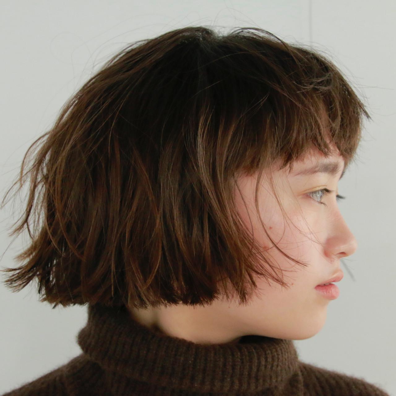 ミニボブ ショート パーマ くせ毛風ヘアスタイルや髪型の写真・画像