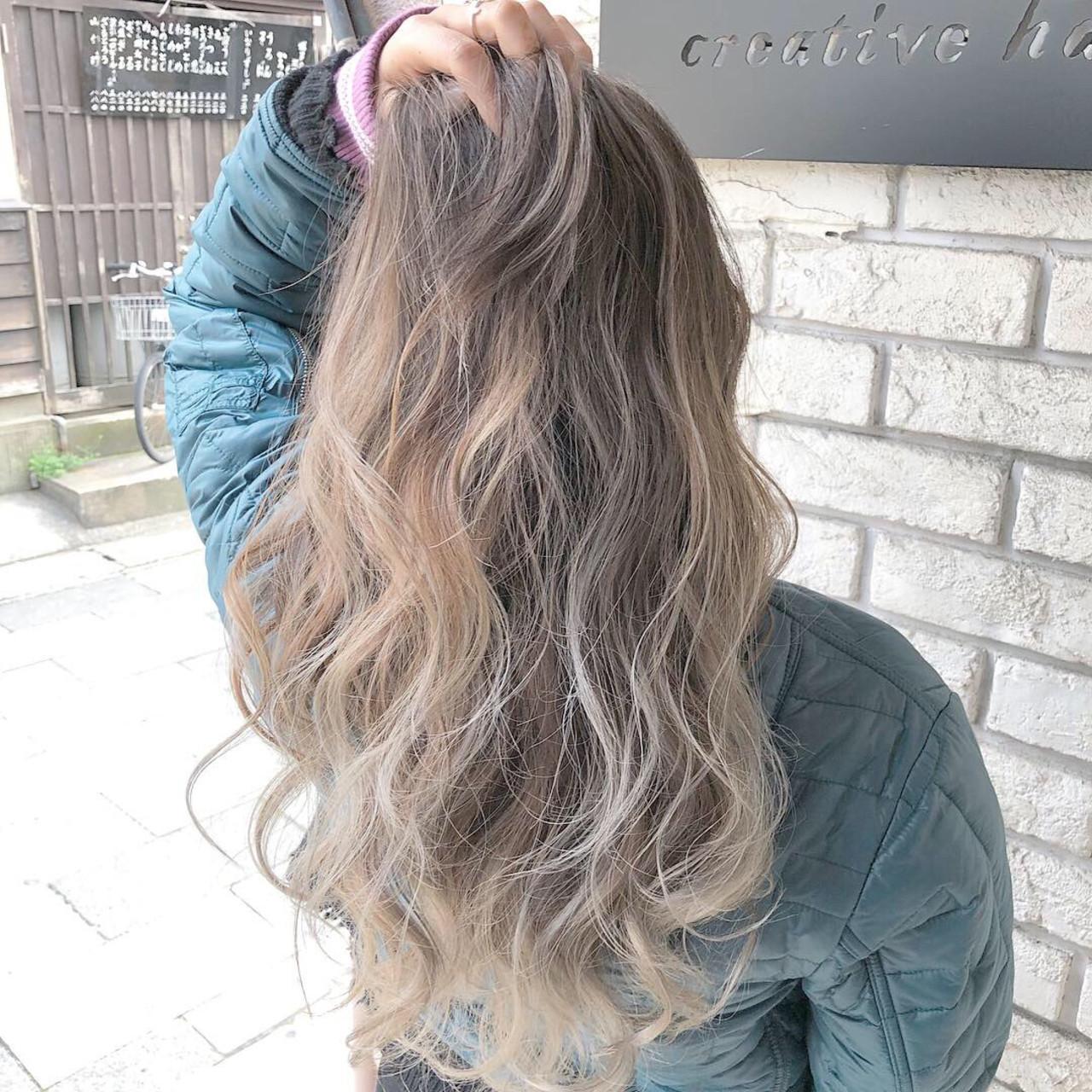 グラデーション ブリーチ エレガント ロング ヘアスタイルや髪型の写真・画像 | ヤマグチ ヒカル / Vida creative hair salon