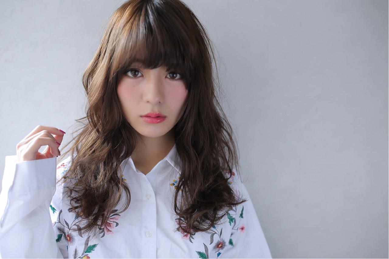 ゆるふわ ピュア 大人かわいい セミロング ヘアスタイルや髪型の写真・画像 | Yuuki Kamizuru / iro by siki