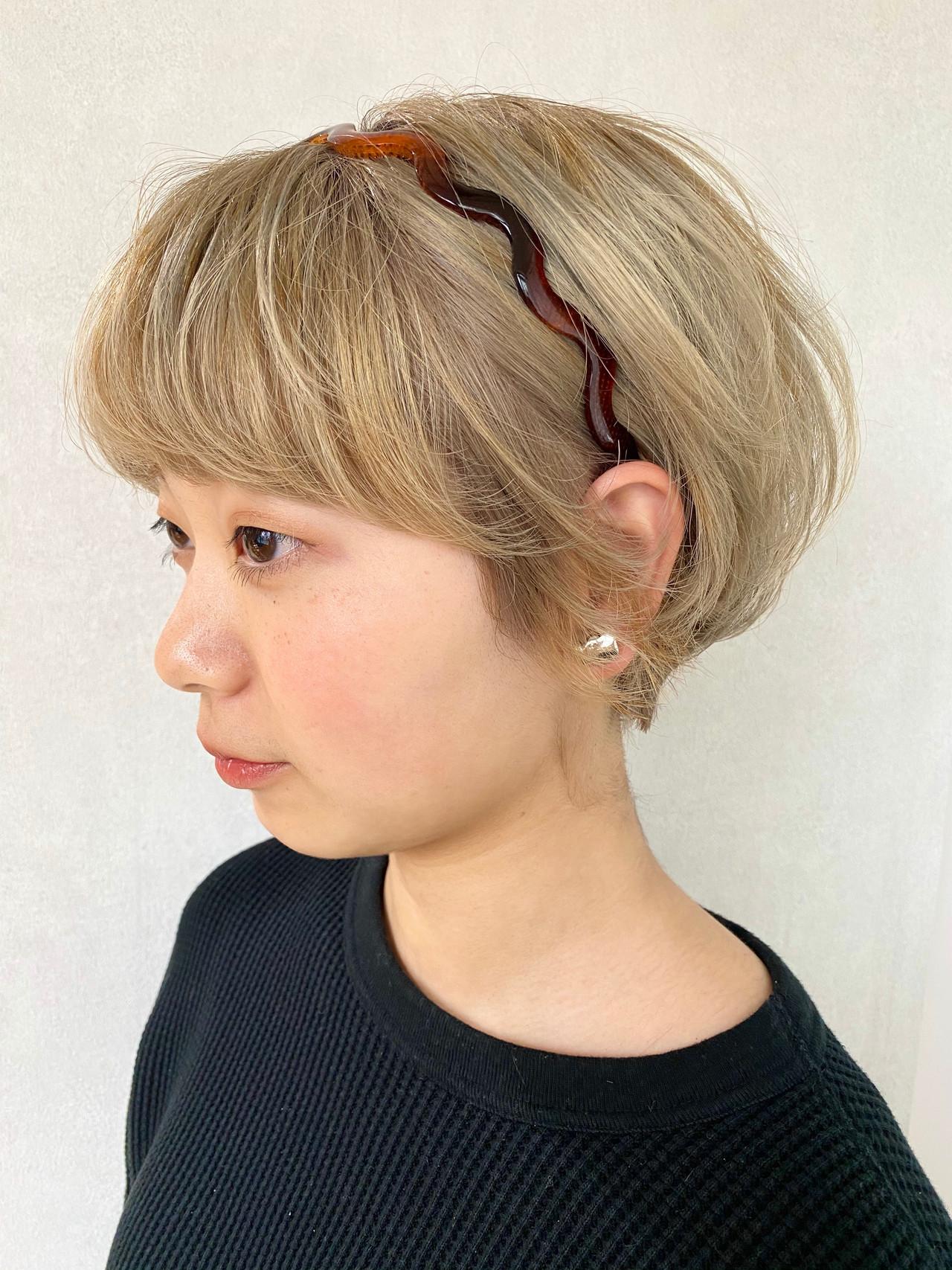 簡単ヘアアレンジ ヘアアレンジ ガーリー カチューシャ ヘアスタイルや髪型の写真・画像 | m i o. / plug by neolive