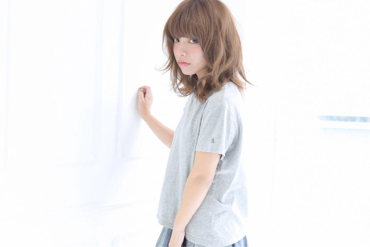 色気 アッシュ パーマ ボブ ヘアスタイルや髪型の写真・画像 | 清井 慎二 / DISHEL ディシェル