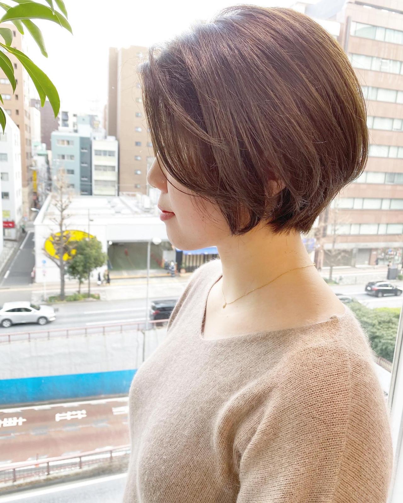 ショート オフィス ショートボブ デート ヘアスタイルや髪型の写真・画像 | 大人可愛い【ショート・ボブが得意】つばさ / VIE