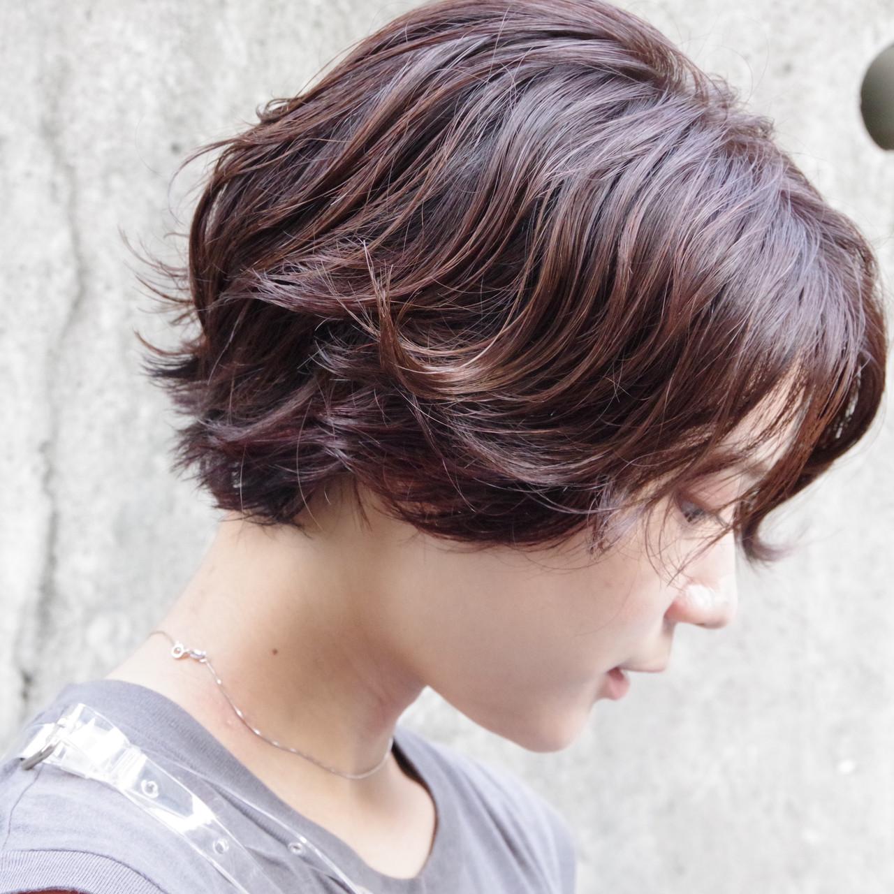ショート ワンカールパーマ ショートヘア ナチュラル ヘアスタイルや髪型の写真・画像