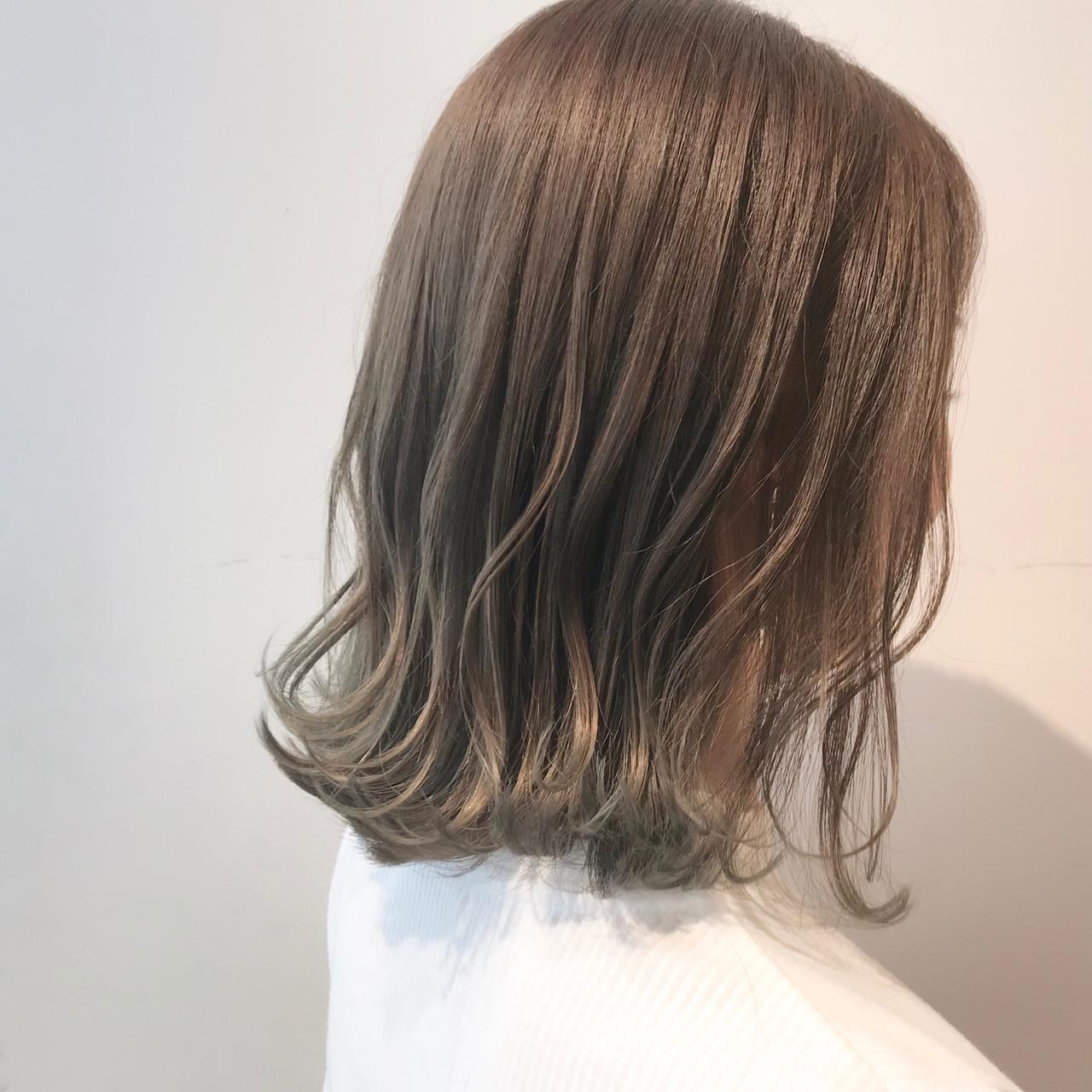 透明感カラー ボブ ナチュラル 切りっぱなしボブ ヘアスタイルや髪型の写真・画像 | 村西 郁人 / rue