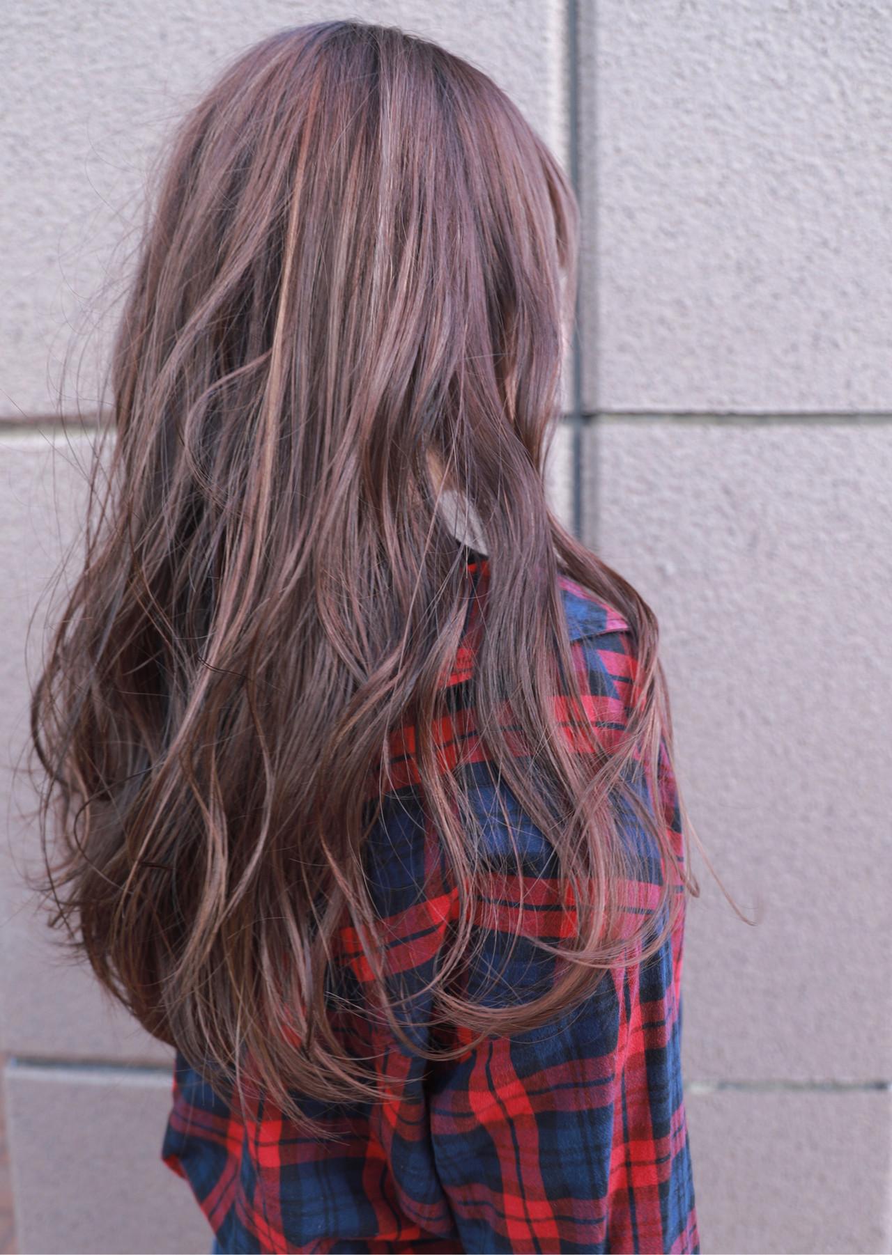 ヘアアレンジ グラデーションカラー ハイトーン ナチュラル ヘアスタイルや髪型の写真・画像 | 今西優 / Spring