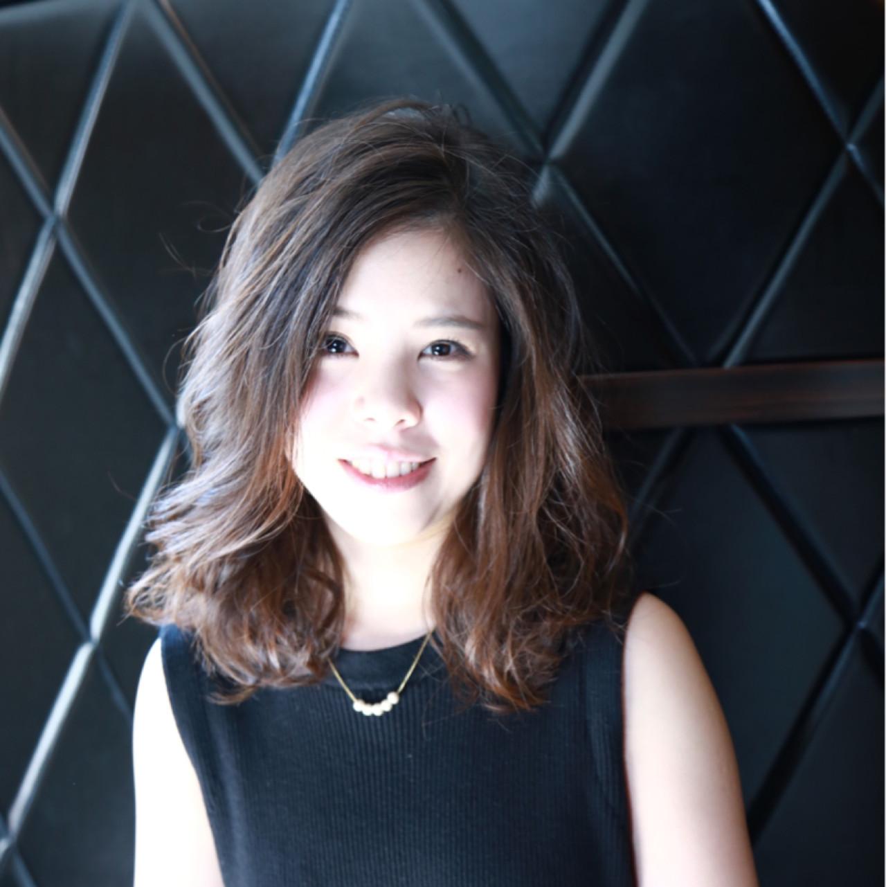 コンサバ ラフ ウェーブ ミディアム ヘアスタイルや髪型の写真・画像 | 中村 猛 / MODE K's 塚本店 (モードケイズ)