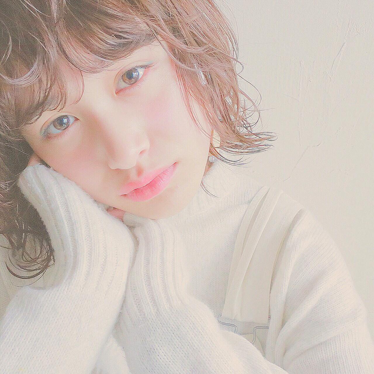 シースルーバング 外国人風 モテ髪 ショートバング ヘアスタイルや髪型の写真・画像 | 米澤香央里 / SYAN