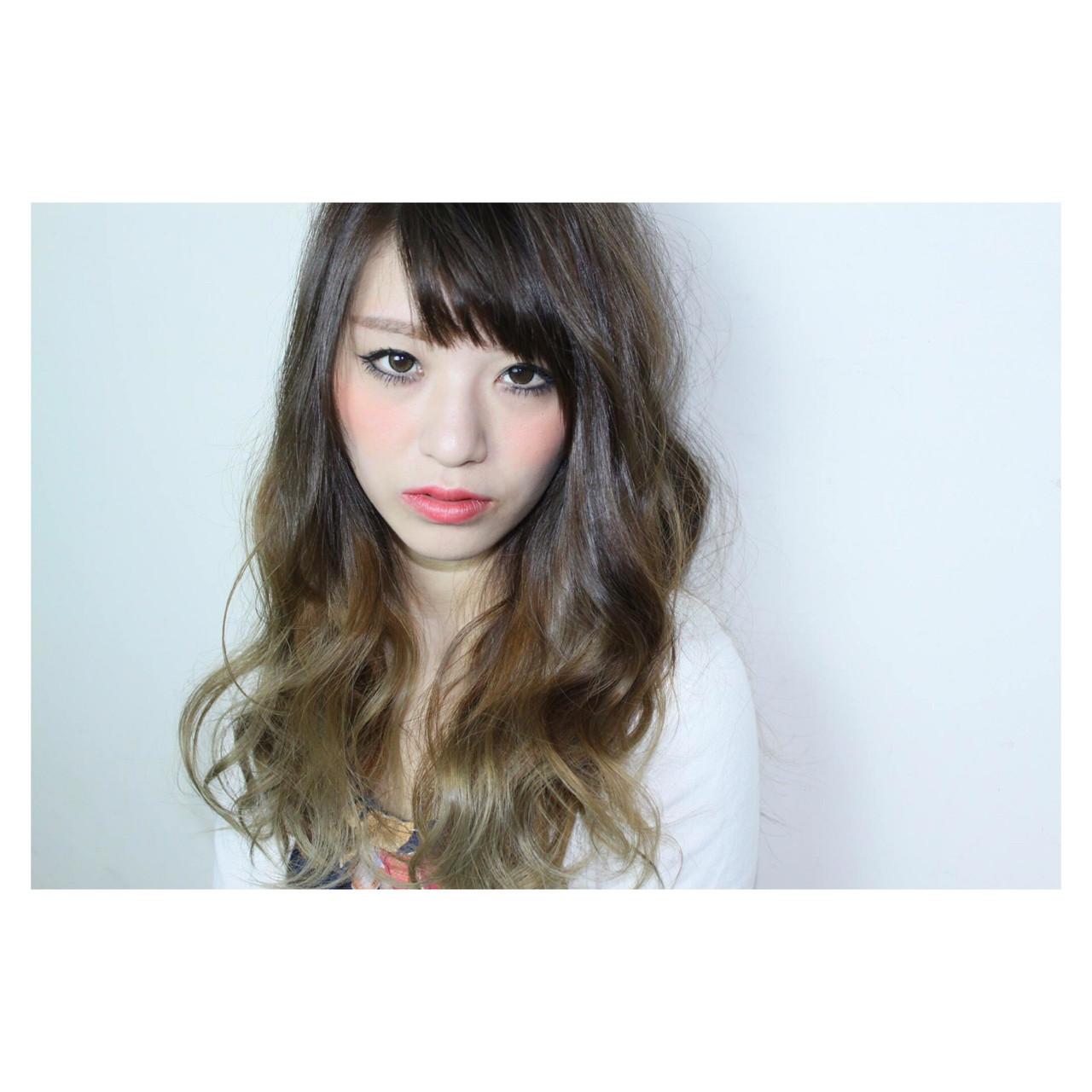 ゆるふわ アッシュ ブラウン ストリート ヘアスタイルや髪型の写真・画像   tomohito kobayashi / 6月に独立します