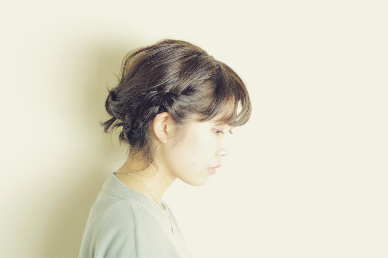 ショート 暗髪 大人かわいい 簡単ヘアアレンジヘアスタイルや髪型の写真・画像