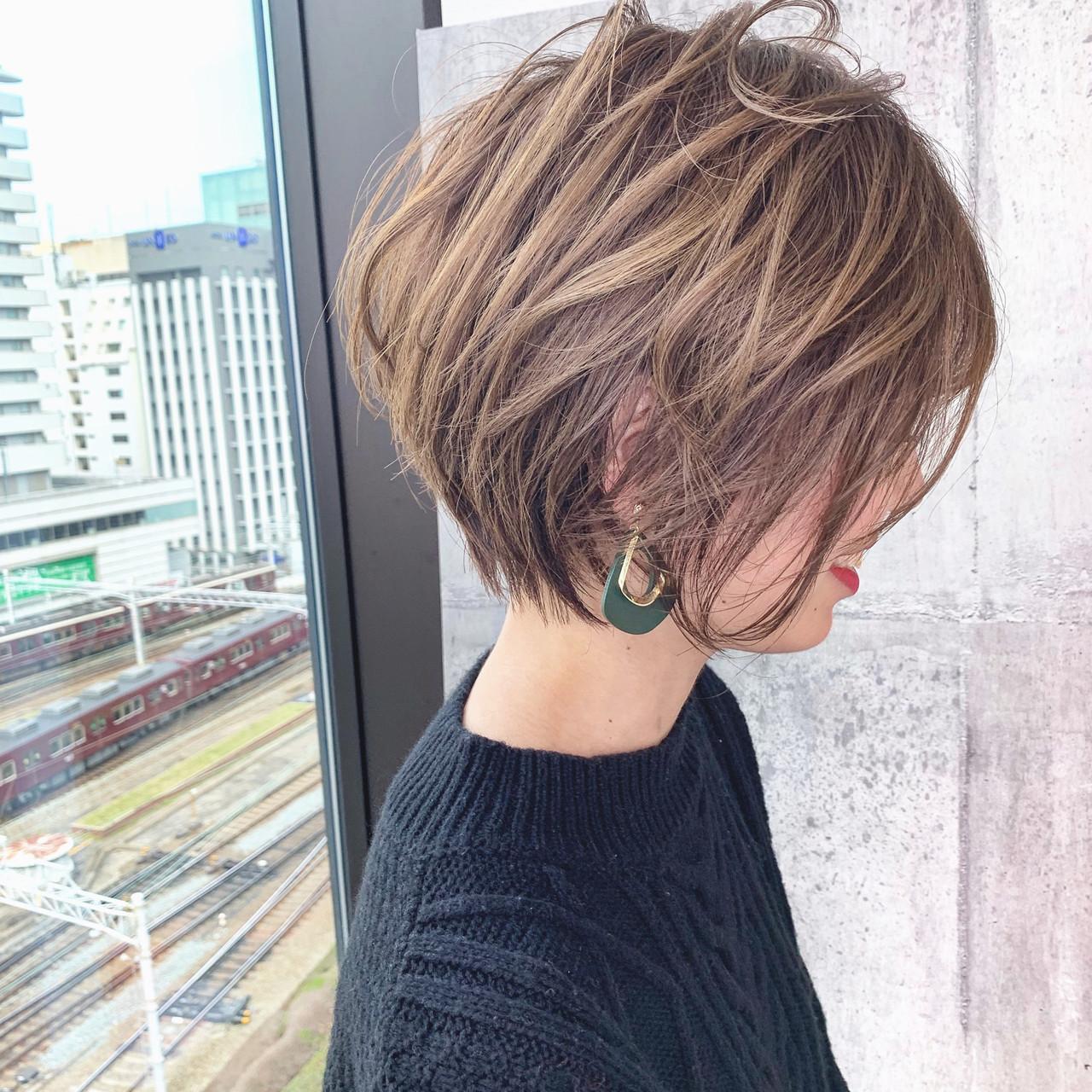 イルミナカラー ヘアカラー ナチュラル ショートヘアヘアスタイルや髪型の写真・画像