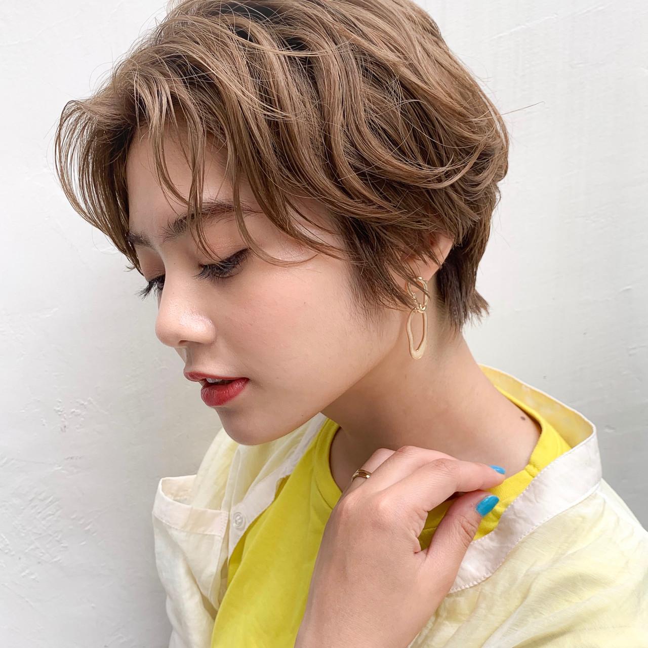 ベージュカラー 外国人風カラー ショート ナチュラル ヘアスタイルや髪型の写真・画像