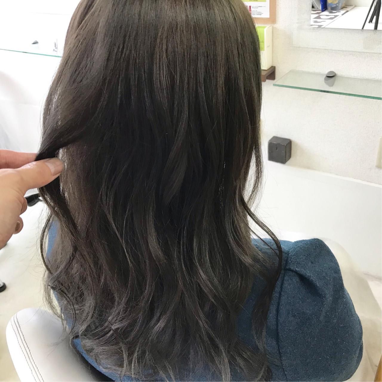 セミロング パーマ ヘアアレンジ アンニュイほつれヘア ヘアスタイルや髪型の写真・画像 | 新谷 朋宏 / Free hairstylist shinya