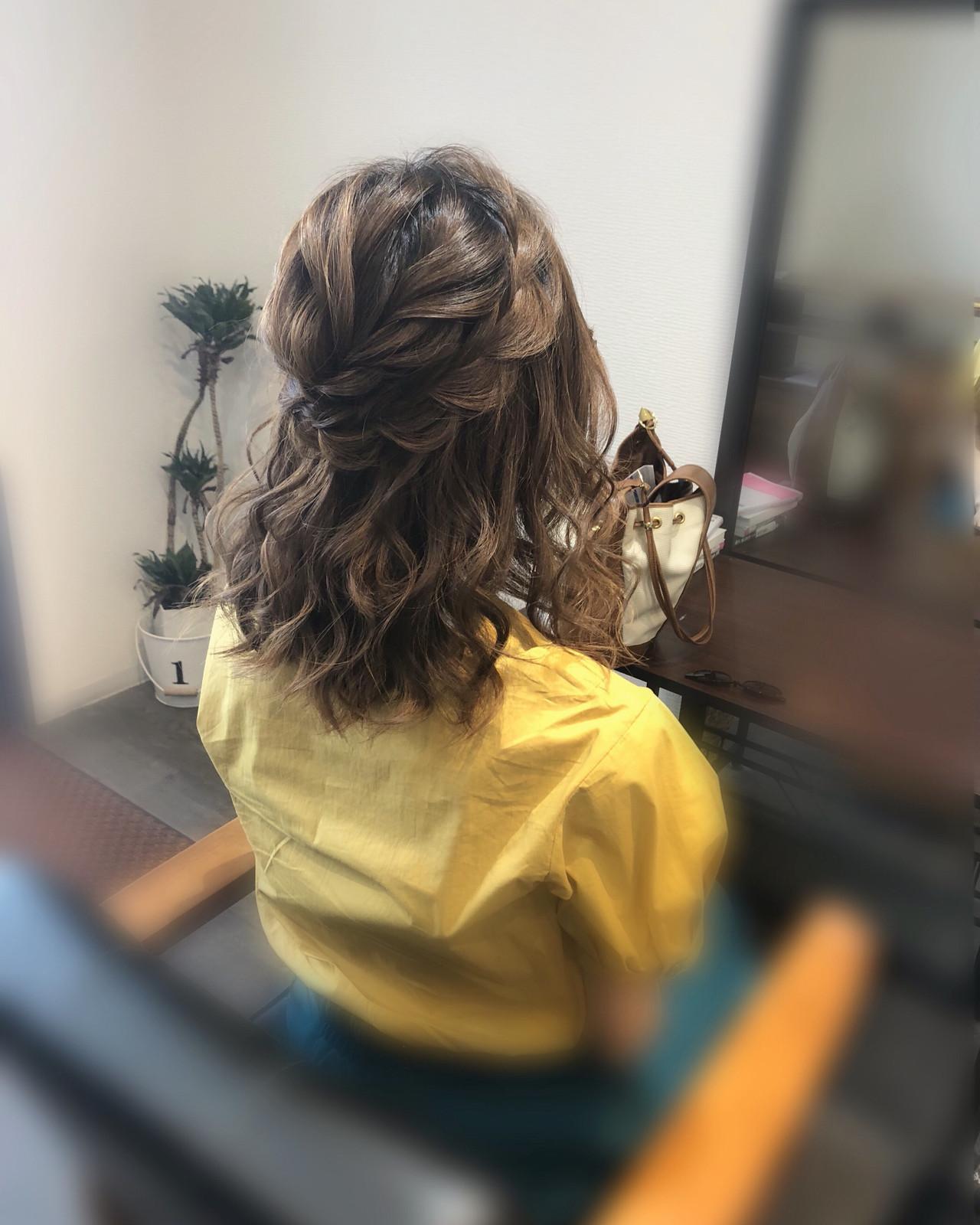 ガーリー 編み込み 結婚式 ミディアム ヘアスタイルや髪型の写真・画像 | mai / HAIR SALON STELLA