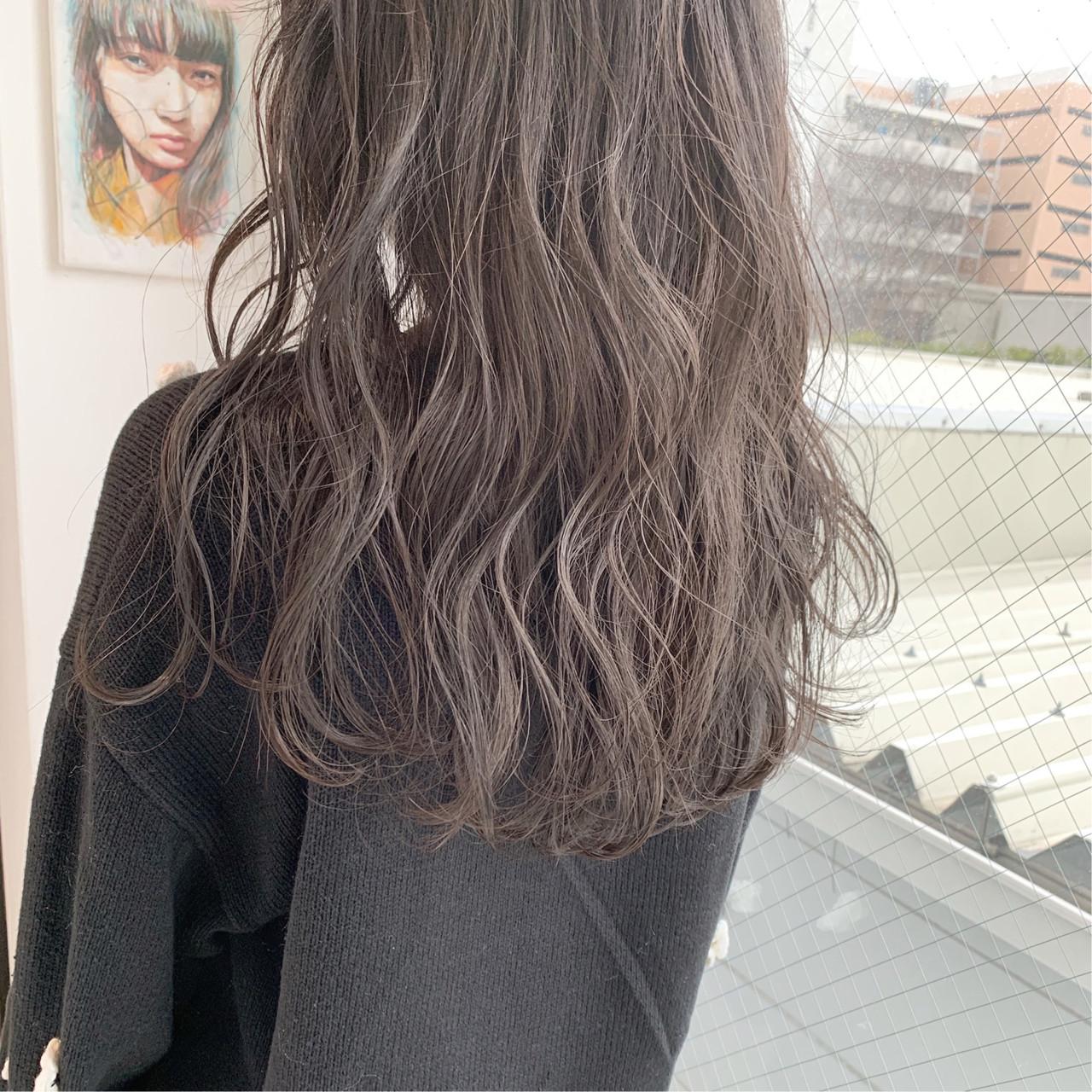 大人かわいい 外国人風カラー パーマ ナチュラル ヘアスタイルや髪型の写真・画像
