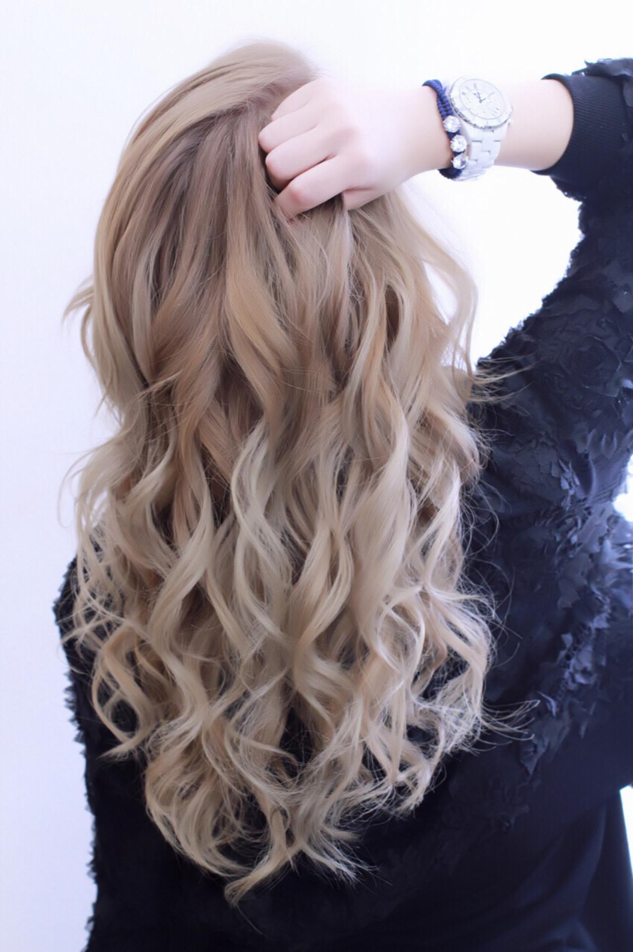 ハイトーン ハイライト ゆるふわ ミディアム ヘアスタイルや髪型の写真・画像 | たくじ / BELLEGROWDOOLS