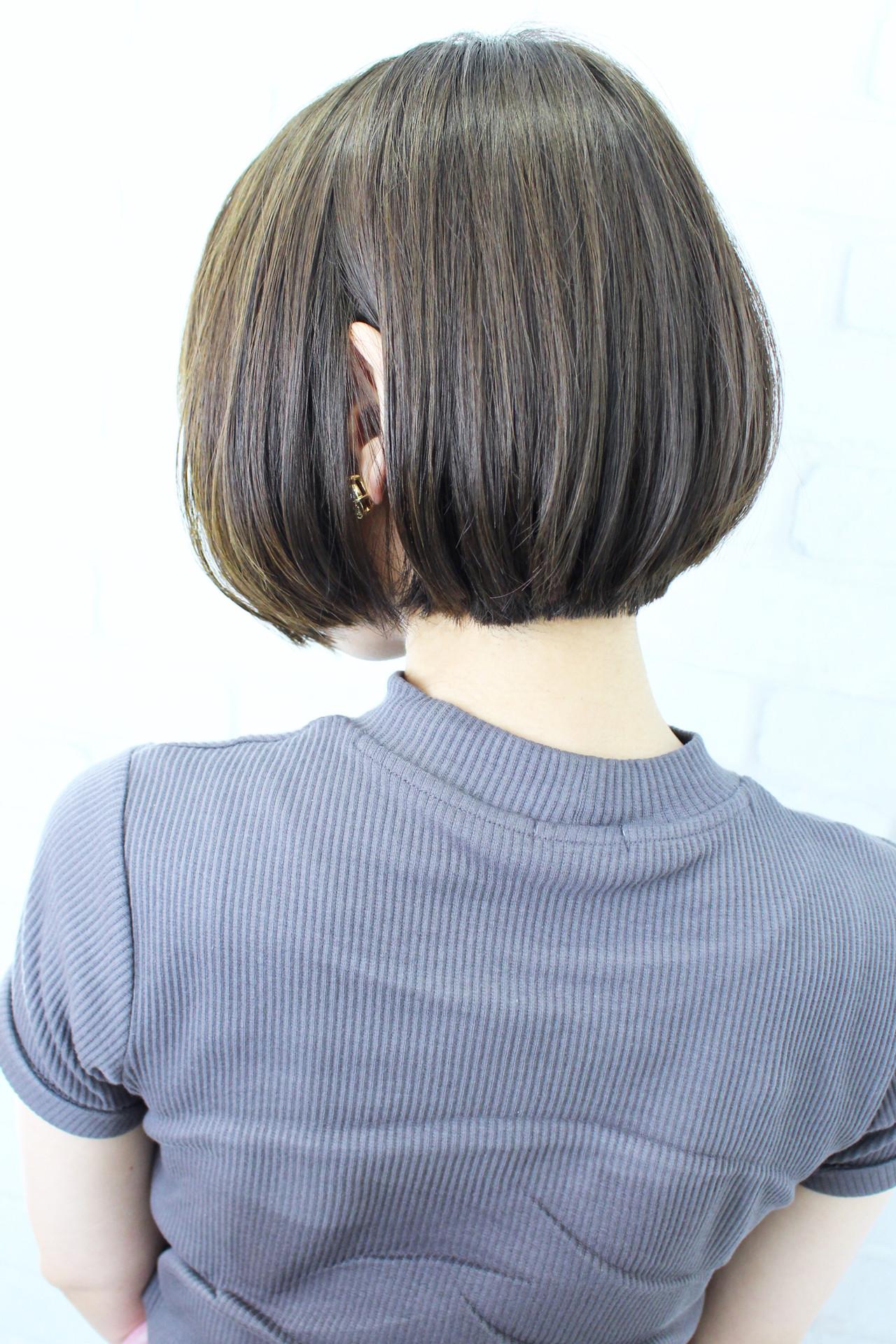 ボブ 前下がりボブ 似合わせカット ナチュラルヘアスタイルや髪型の写真・画像