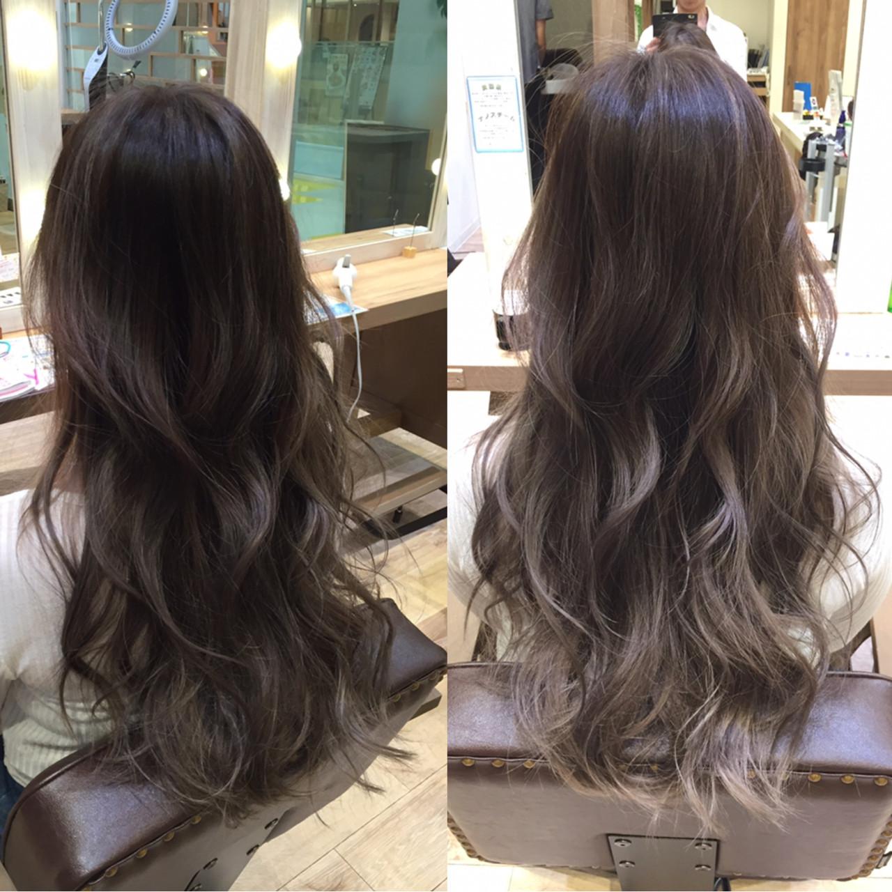 アッシュ ロング グラデーションカラー 渋谷系ヘアスタイルや髪型の写真・画像