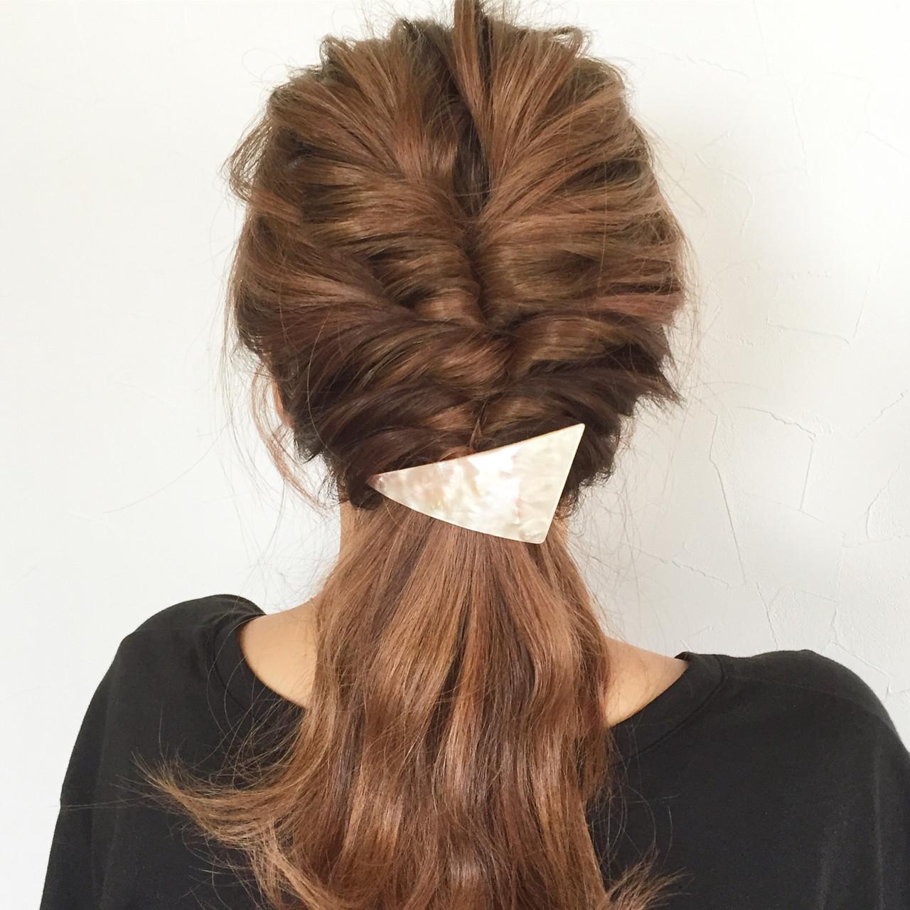 大人かわいい ショート 簡単ヘアアレンジ くるりんぱ ヘアスタイルや髪型の写真・画像 | 大西未紗 / HAIR LEAP