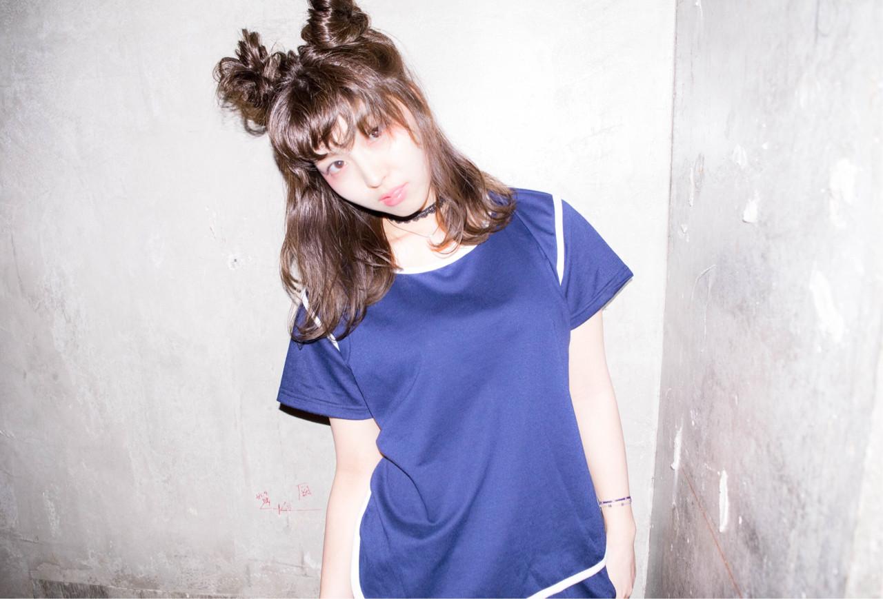 ミディアム ハーフアップ ヘアアレンジ ガーリー ヘアスタイルや髪型の写真・画像 | 徳田 誠也 / HOEKHOEK