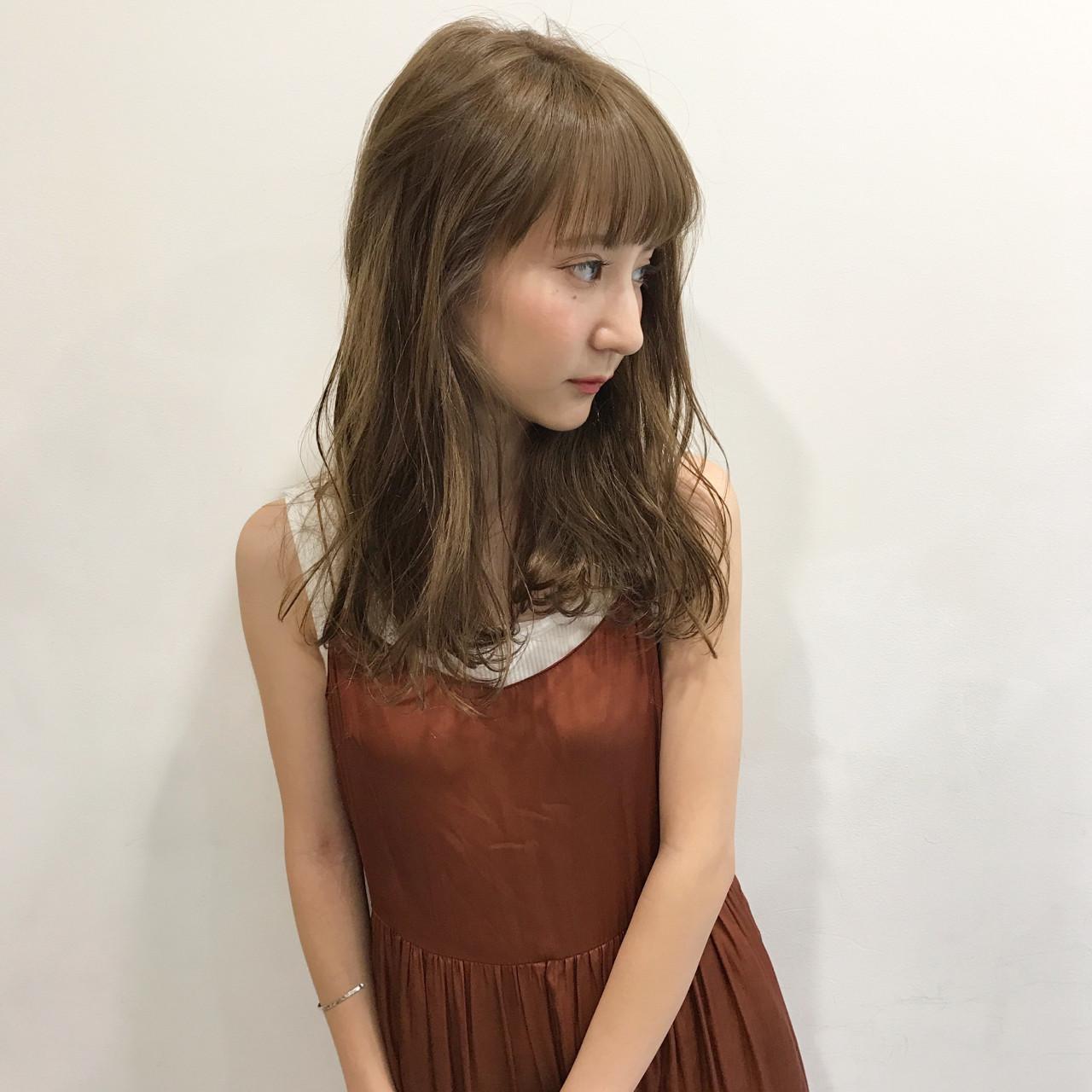 ミディアム アンニュイ 女子会 デート ヘアスタイルや髪型の写真・画像 | 佐々木拓巳 / GARDEN harajuku