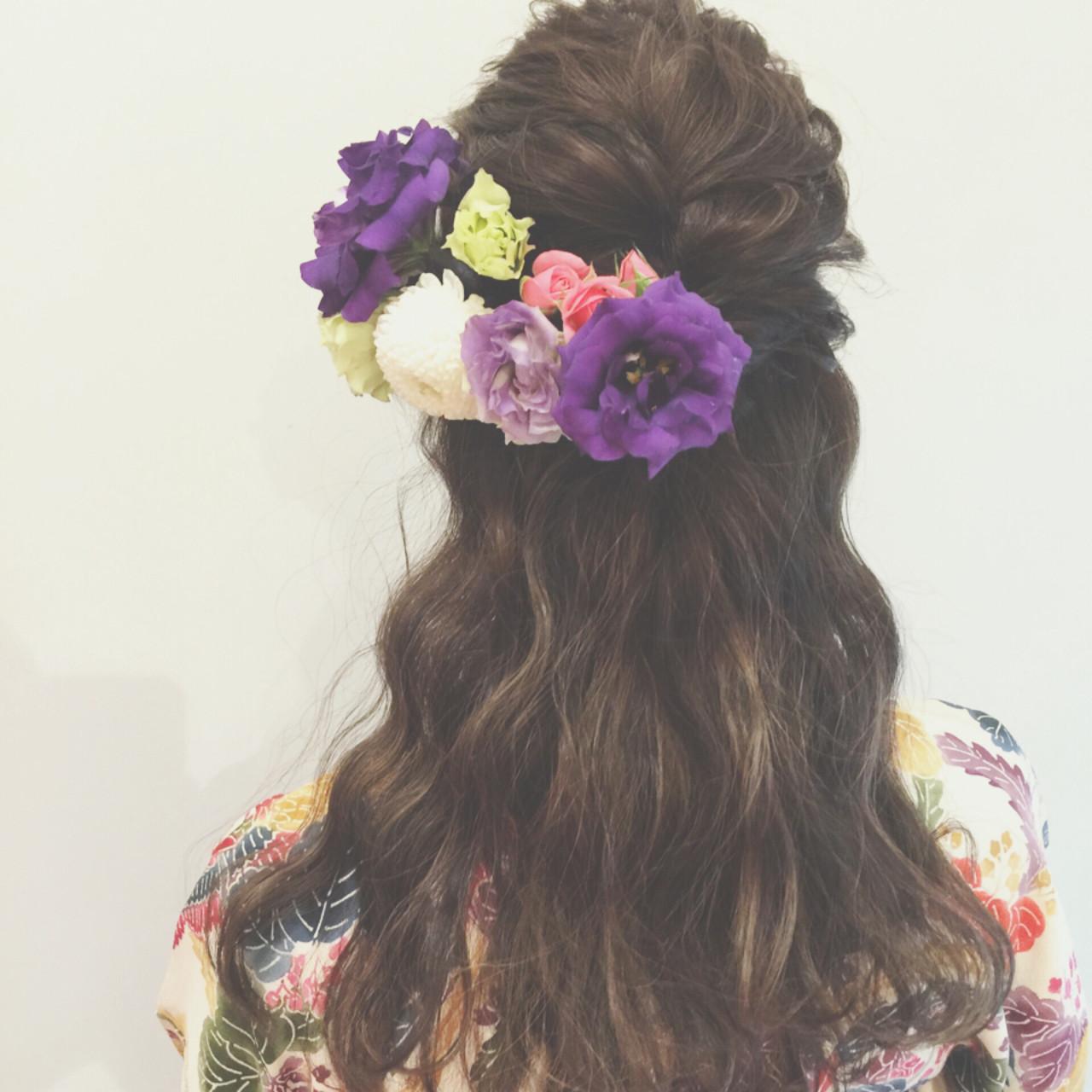 フェミニン ショート ヘアアレンジ 簡単ヘアアレンジヘアスタイルや髪型の写真・画像