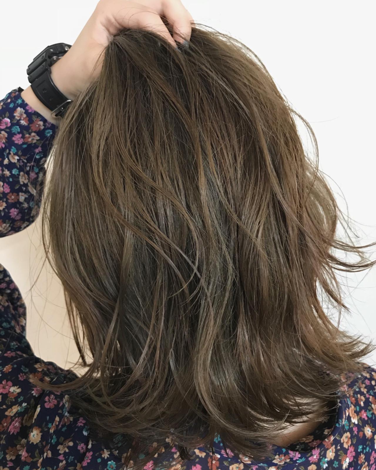秋 透明感 ハイライト ナチュラルヘアスタイルや髪型の写真・画像