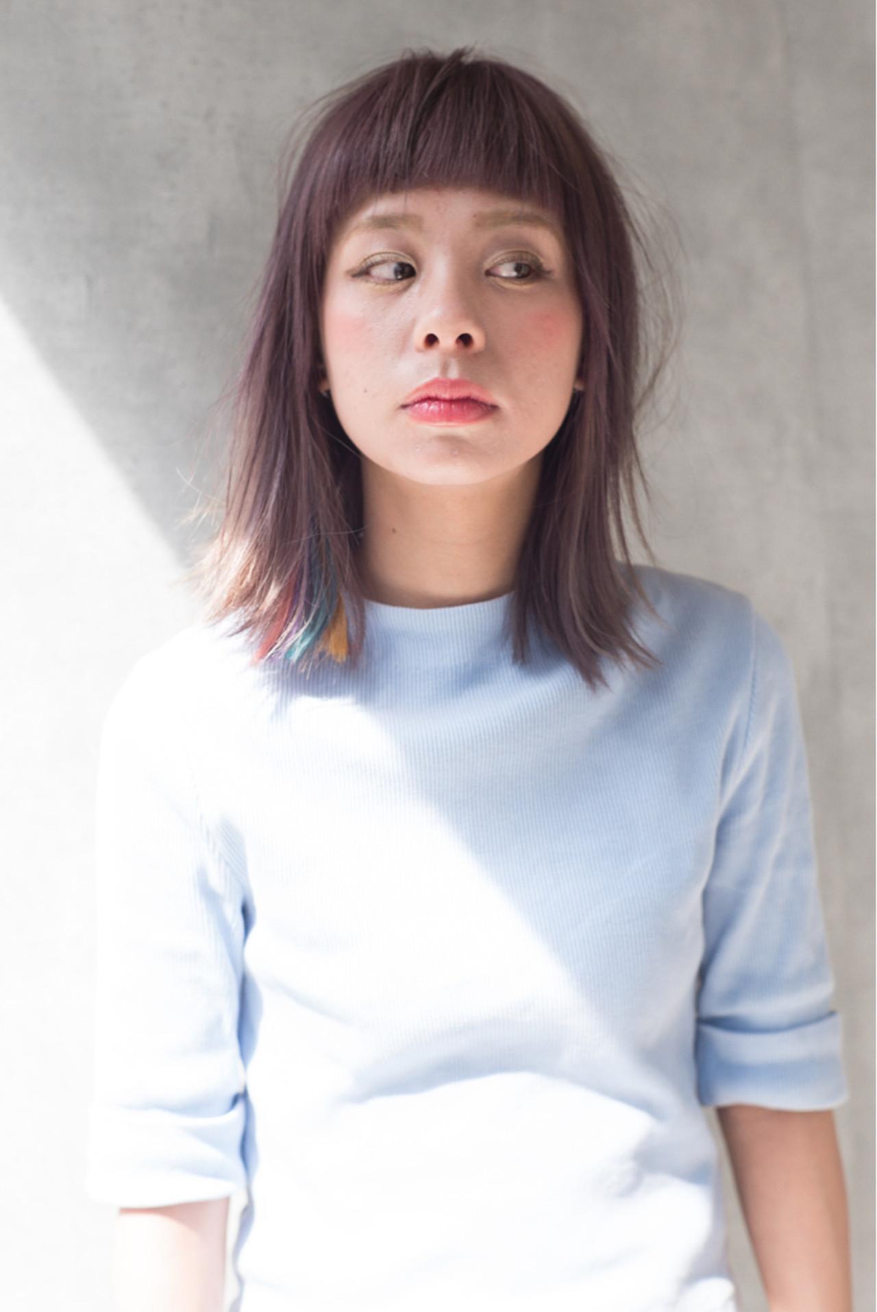 ナチュラル アッシュ インナーカラー フリンジバング ヘアスタイルや髪型の写真・画像 | 白井雄喜 / FERIA心斎橋