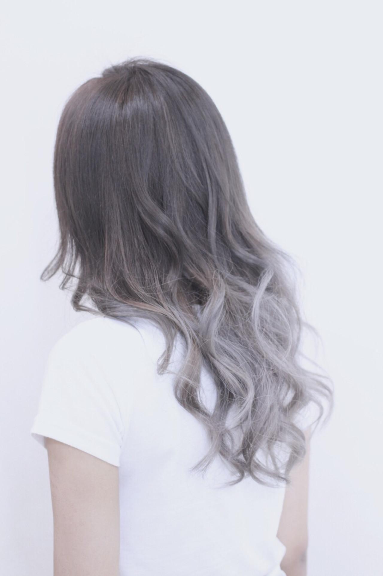 グラデーションカラー 外国人風 アッシュ ナチュラル ヘアスタイルや髪型の写真・画像 | Director AKI☆ / hairTRUTH