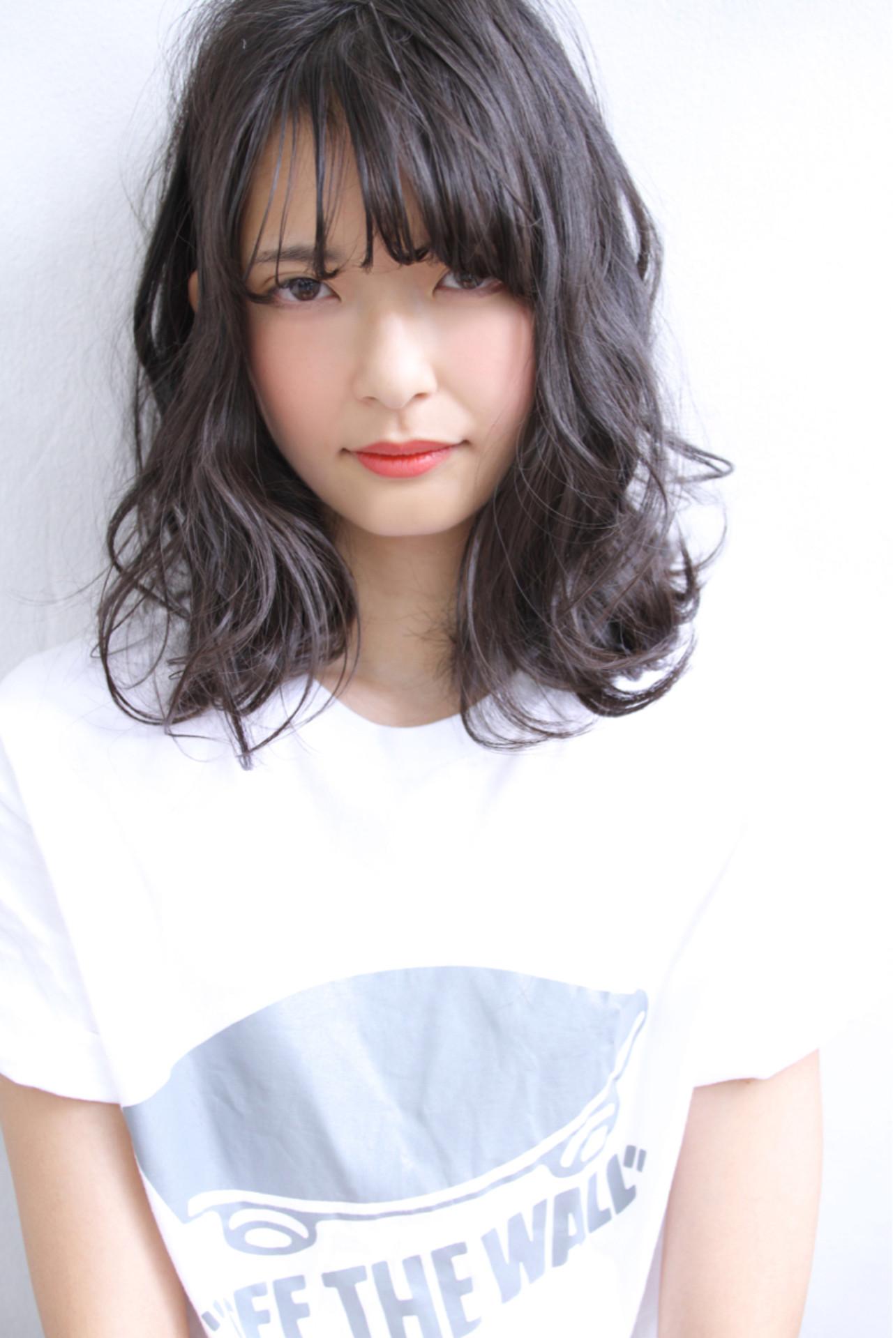 黒髪×パーマで作る媚びない夏の大人女子特集♡ 清水 孝純