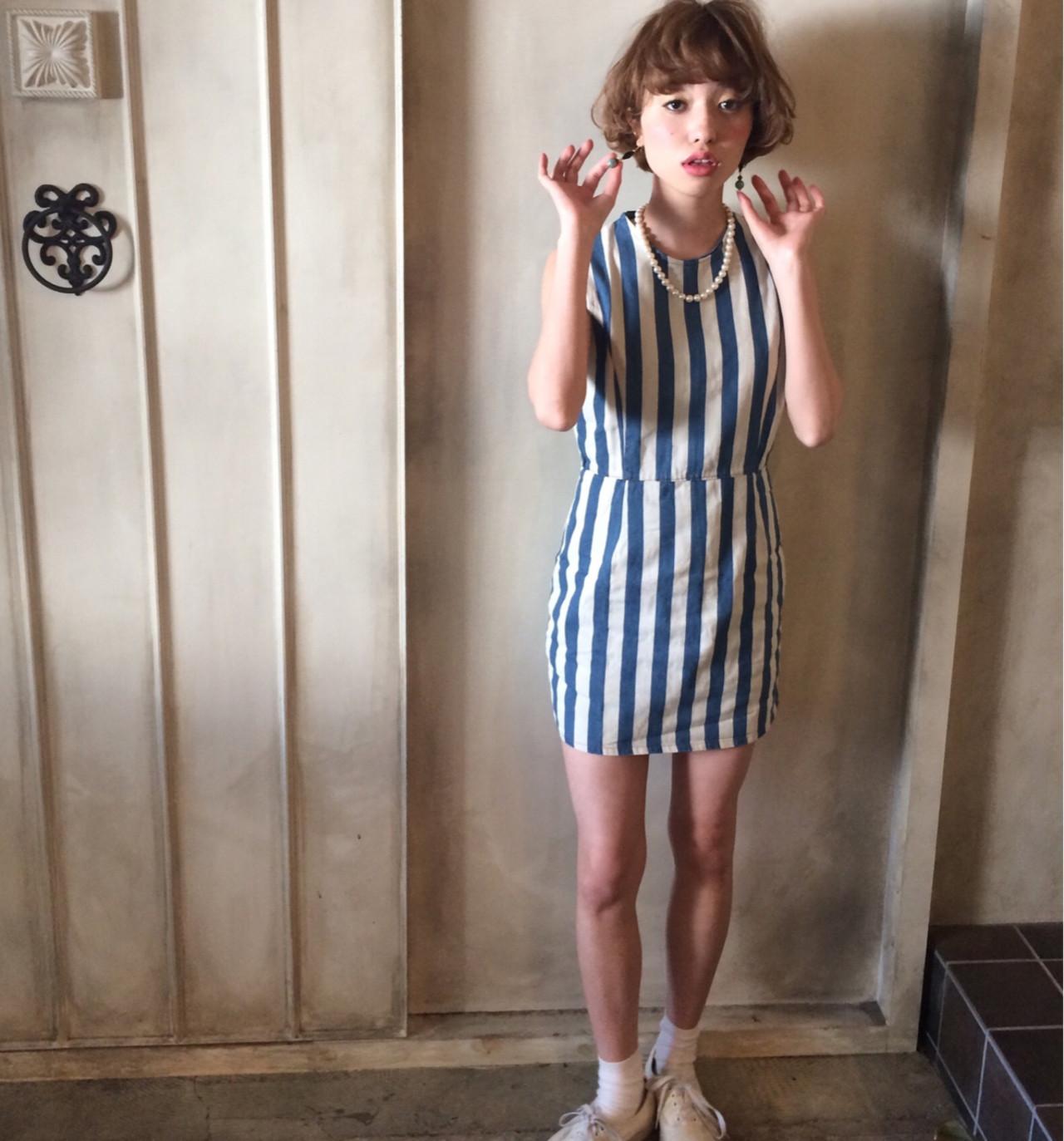 ブラウン 外国人風 ショート ゆるふわ ヘアスタイルや髪型の写真・画像 | 冨永 真太郎 / 人トナリ