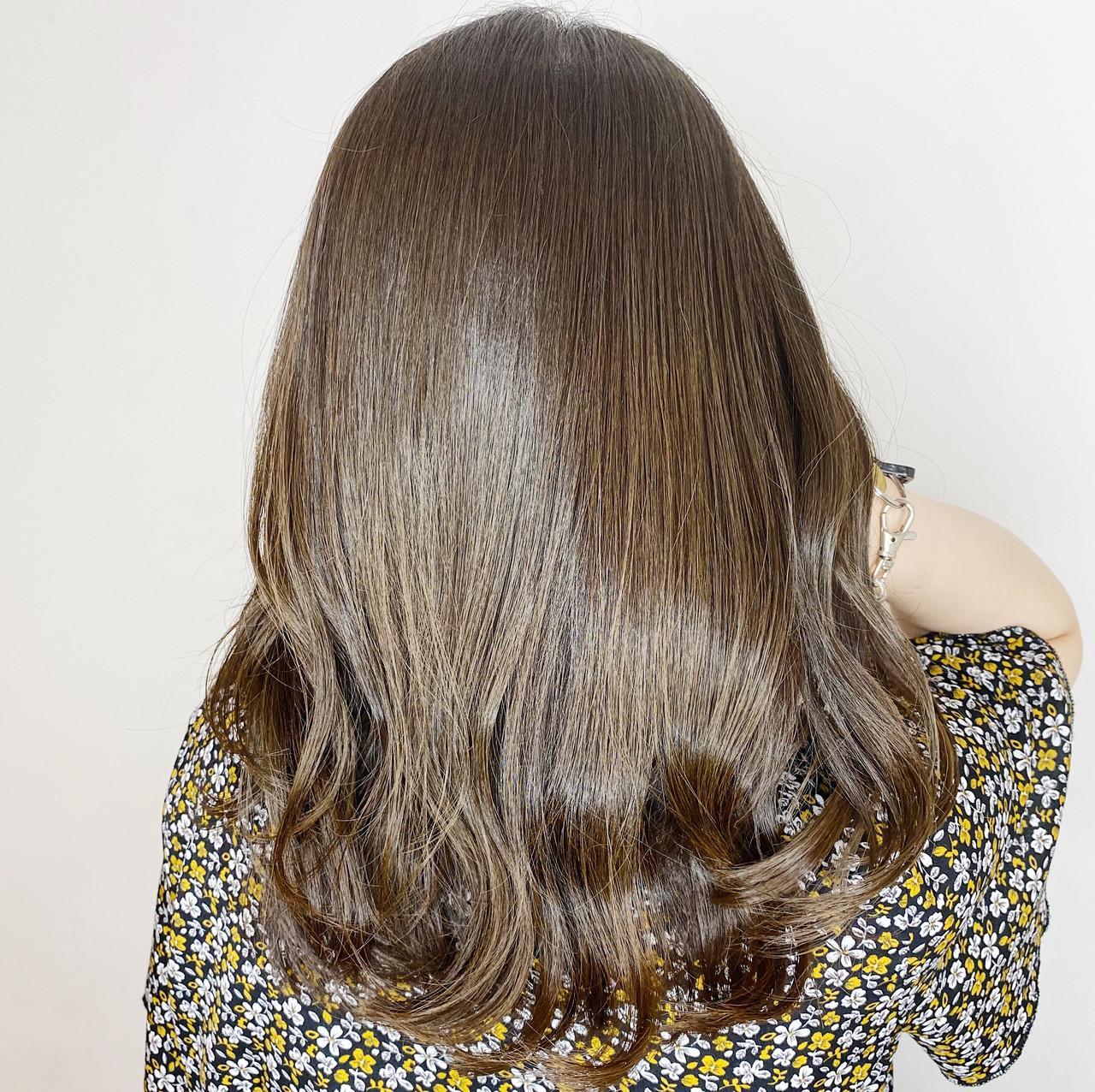 ミディアムレイヤー 大人女子 ナチュラル ミディアム ヘアスタイルや髪型の写真・画像 | 髪質改善、シアカラーで大人の女性をプロデュース☆ / Zina CENTRAL