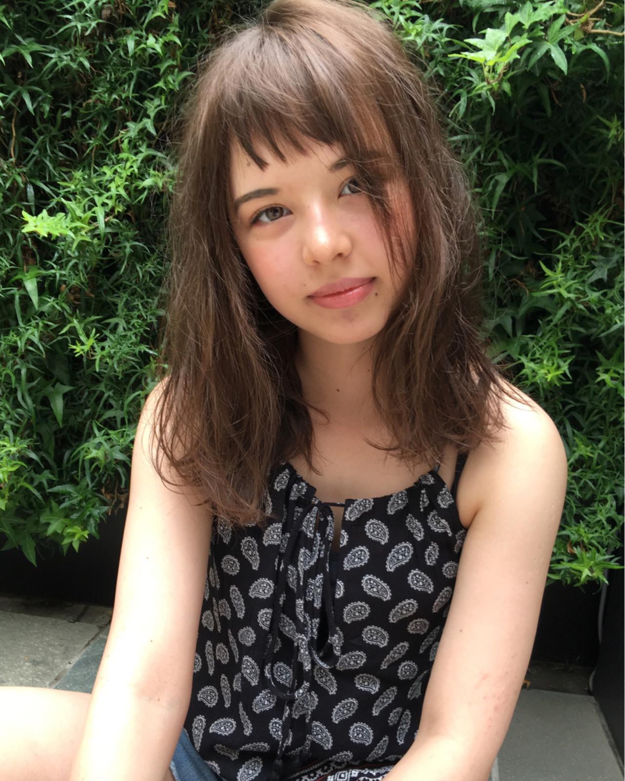 アッシュ ピュア 前髪あり ワイドバング ヘアスタイルや髪型の写真・画像 | 梅澤勇人 / DAMIA by LuLu