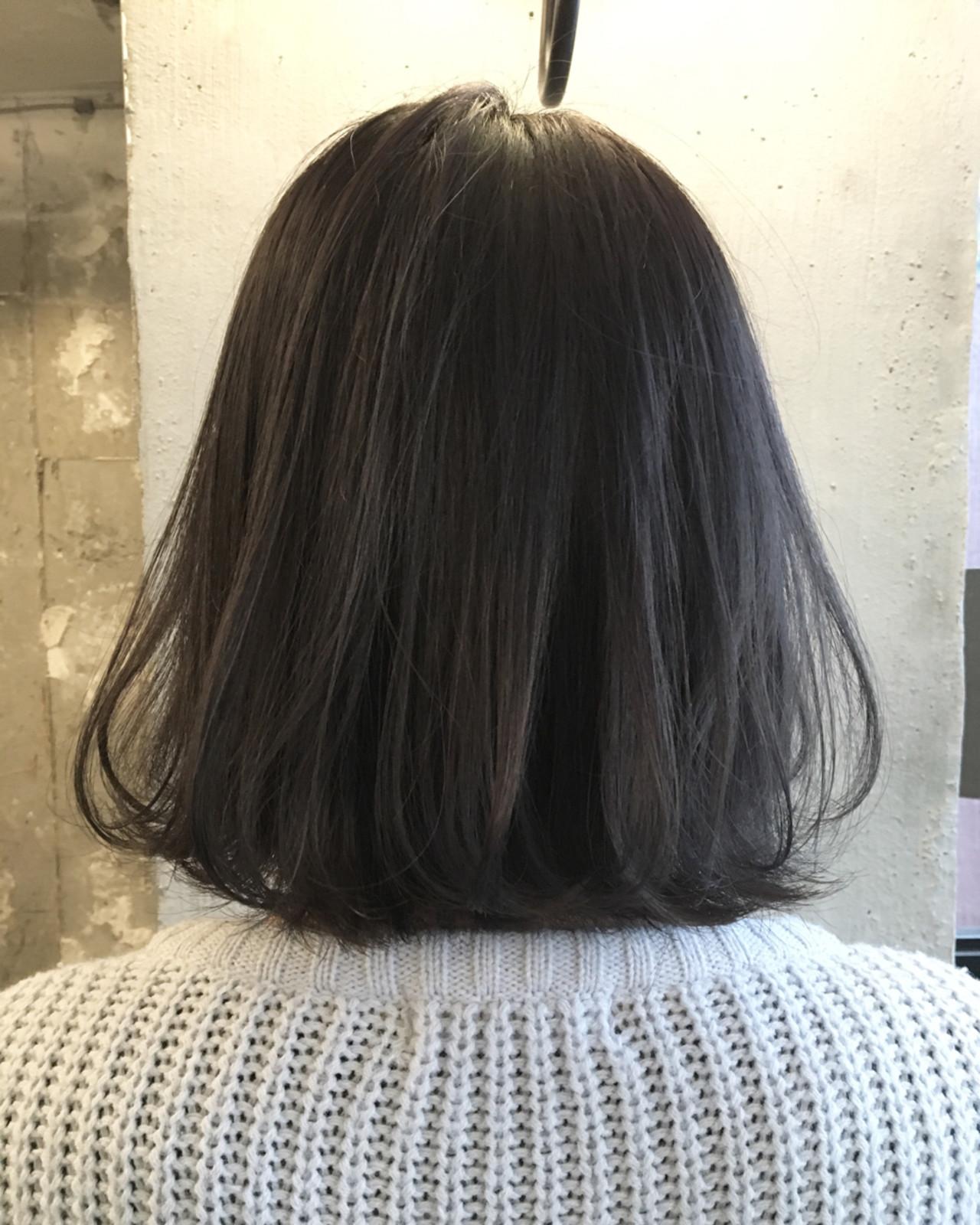 暗髪 透明感 ブルージュ グレージュヘアスタイルや髪型の写真・画像