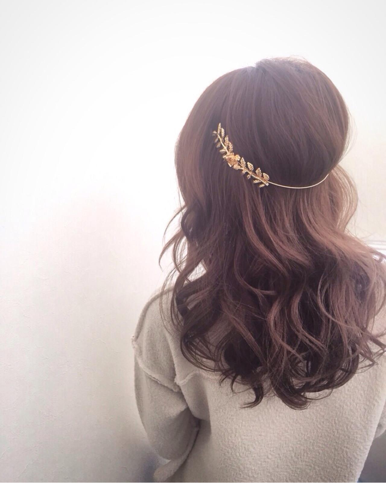 オシャレ女子の味方、2大アイテムをご紹介!<バックカチューシャ・三日月コーム> ryota kuwamura / hair make Full throttle