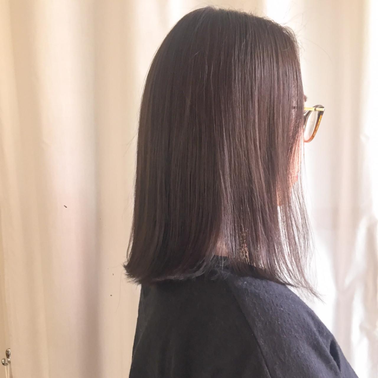 アッシュベージュ ロブ ナチュラル ミディアム ヘアスタイルや髪型の写真・画像 | 岩城 浩子 / figue hair