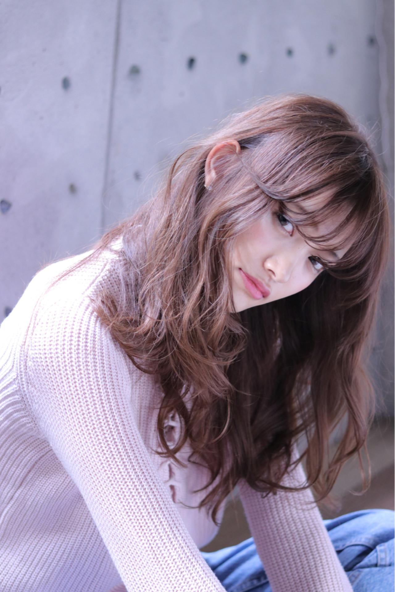 小顔 ナチュラル シースルーバング ロング ヘアスタイルや髪型の写真・画像 | Wataru Maeda / cache cache
