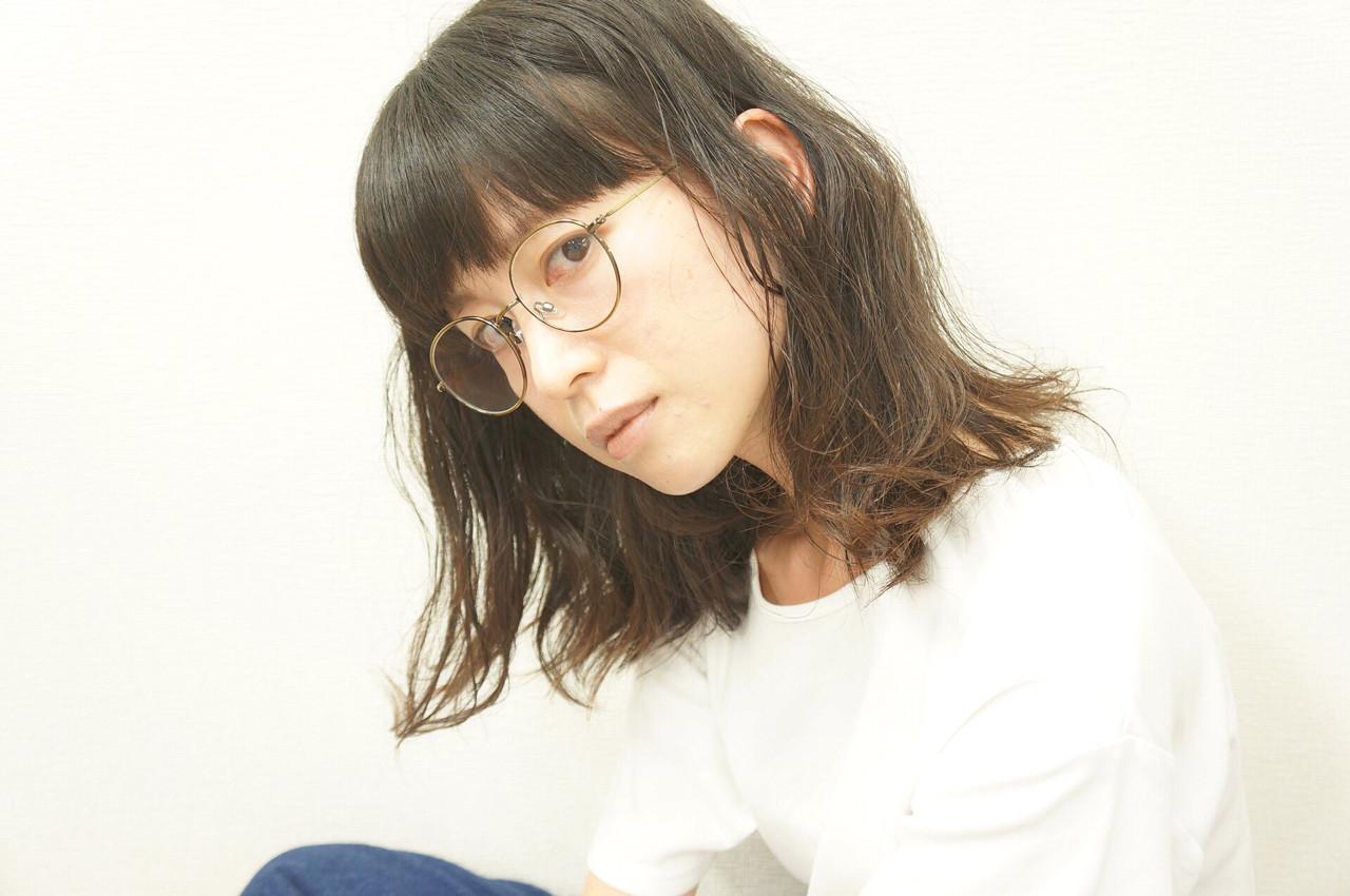 セミロング 外国人風 前髪あり ゆるふわ ヘアスタイルや髪型の写真・画像 | hironao murakami / Eight渋谷本店